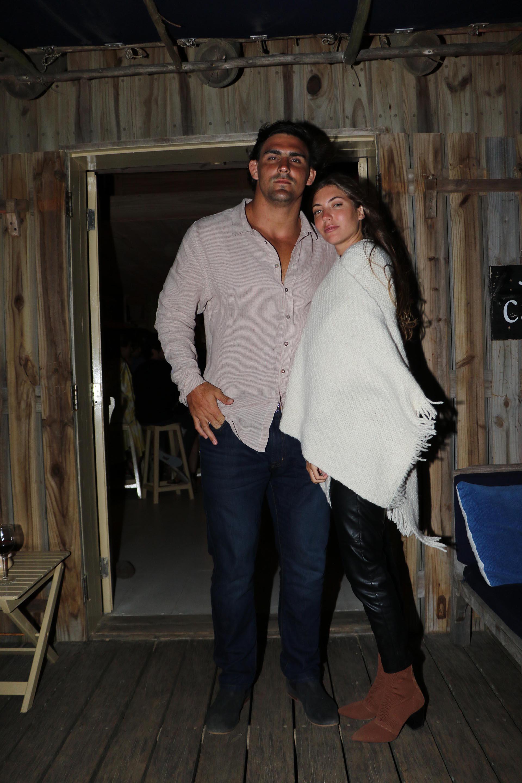 El rugbier Pablo Matera y su novia