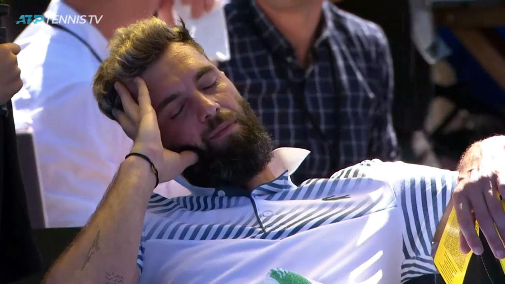Benoit Paire dormitó en su banco durante algunos segundos