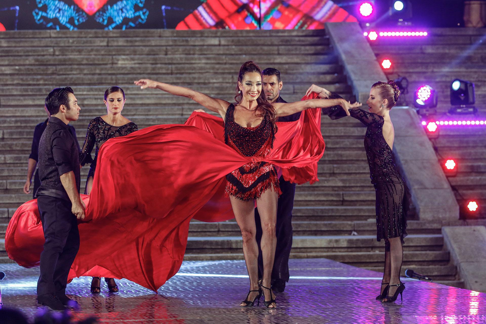 Un show a puro tango de la mano de Mora Godoy