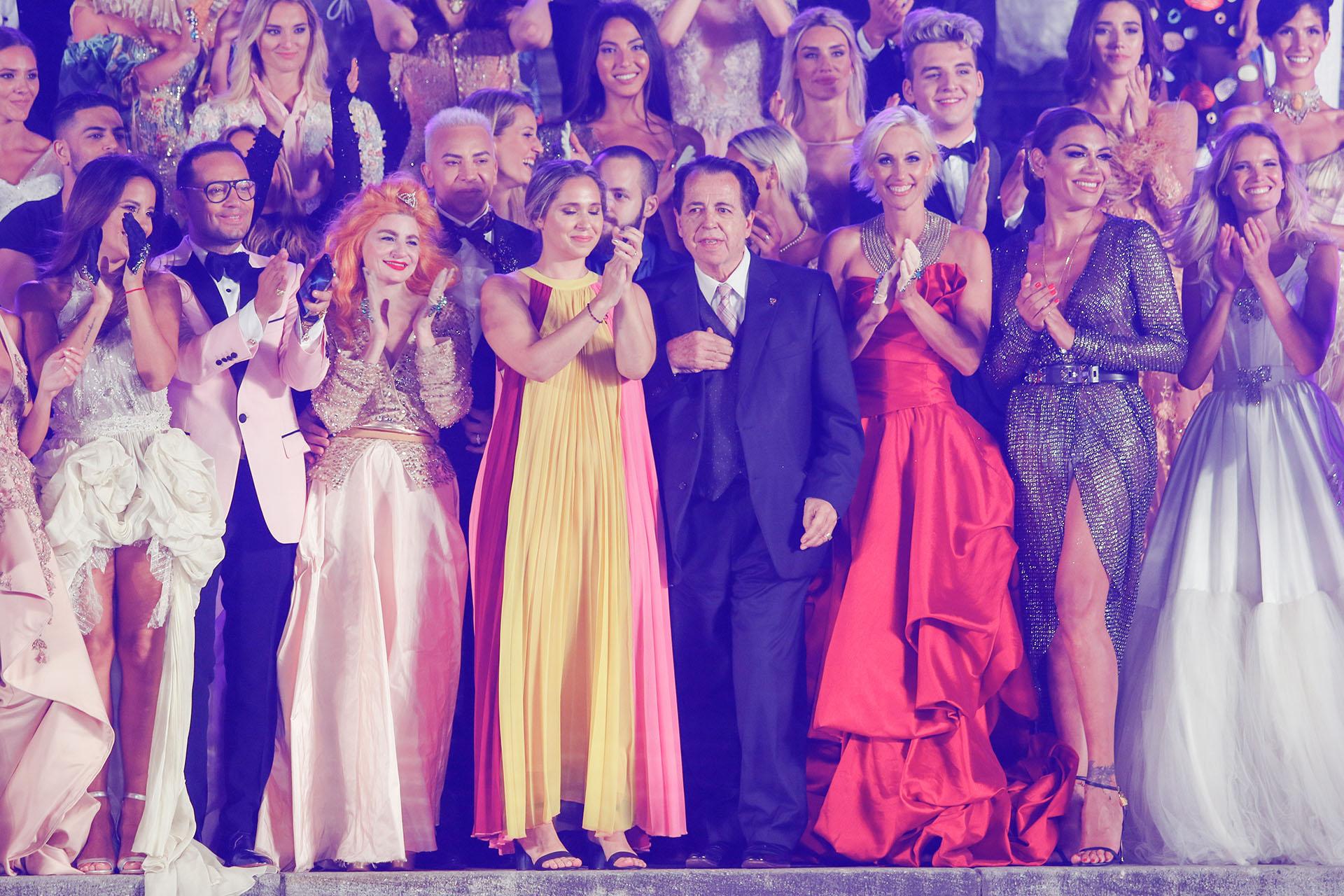 El saludo final en el Mar del Plata Moda Show