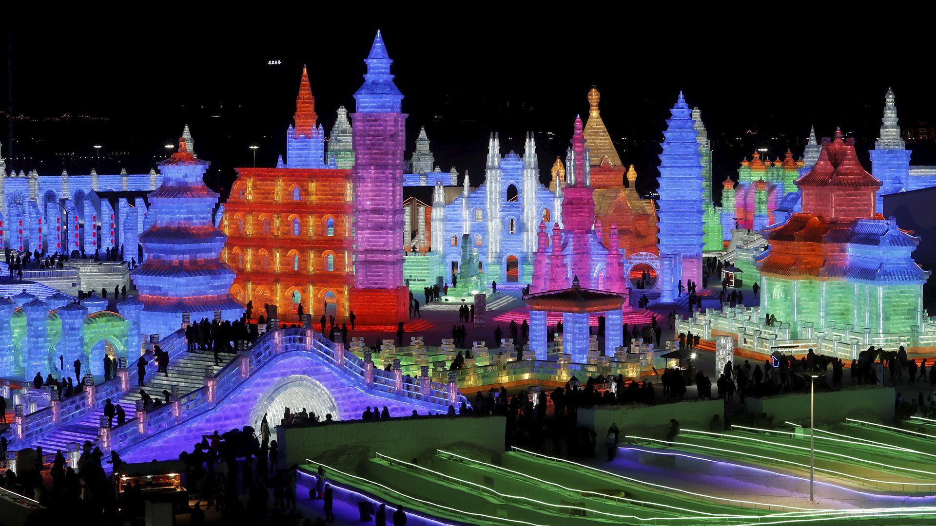 Esculturas iluminadas en Harbin