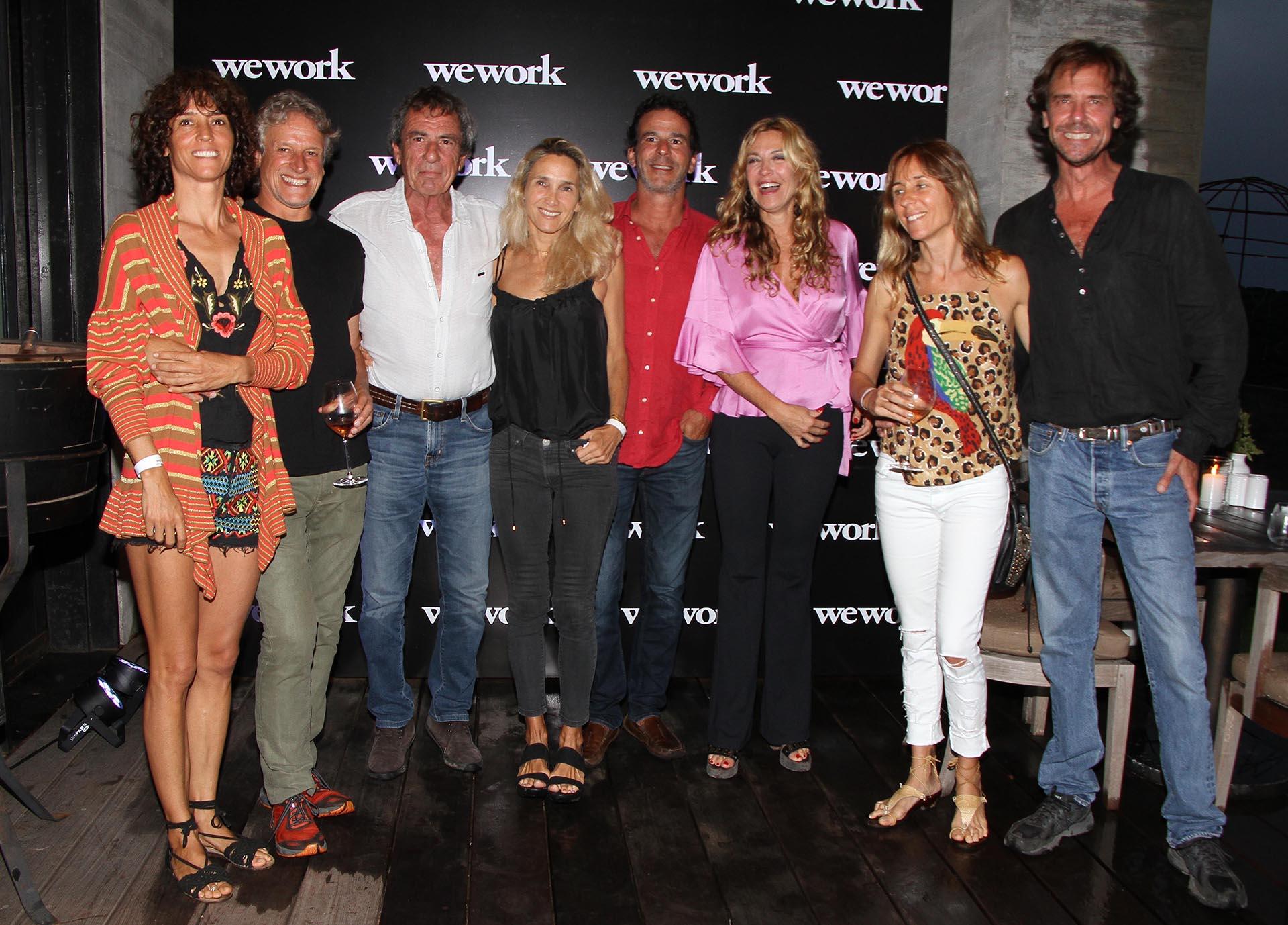 Lola Puig, Marcelo Yelos, Martín Tassara, Yiayia Puig y amigos en el gran evento, que se llevó a cabo en una bodega top de Garzón