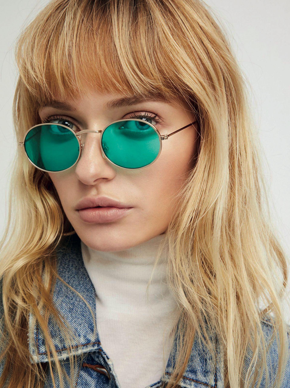 Moda. Se usarán las gafas ovaladas de todoscolores.