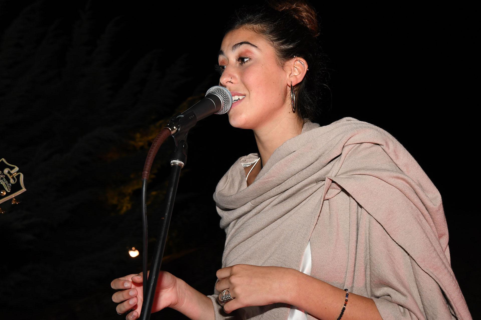 """Renata Repetto cautivó en el escenario e hizo cantar a todos los invitados. También, se presentó la banda de Fabián """"Zorrito"""" Von Quintiero, """"Zorrito Von & The Cracks, y la DJ uruguaya Ciara Pascual"""