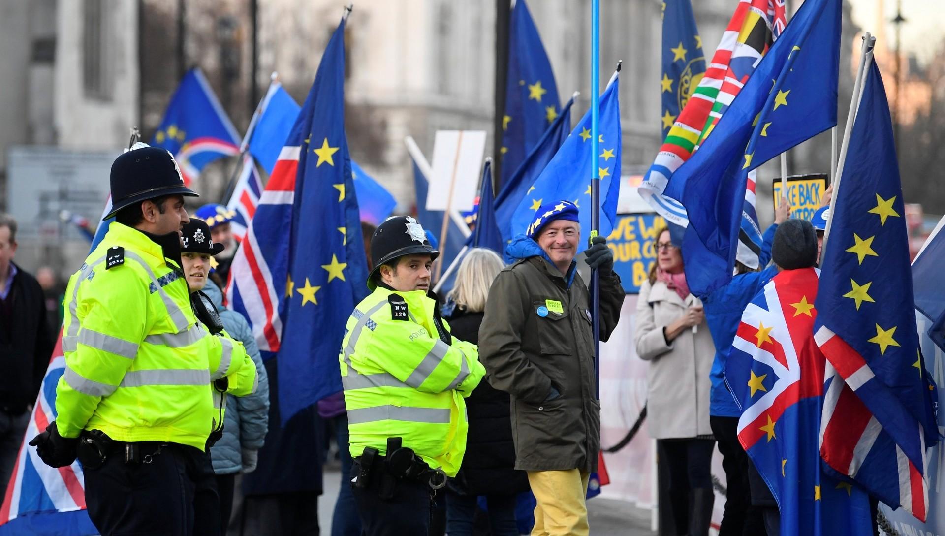 Una manifestación en contra del Brexit. El proceso ha tenido hasta la fecha un impacto negativo en la economía del Reino Unido (REUTERS/Toby Melville)