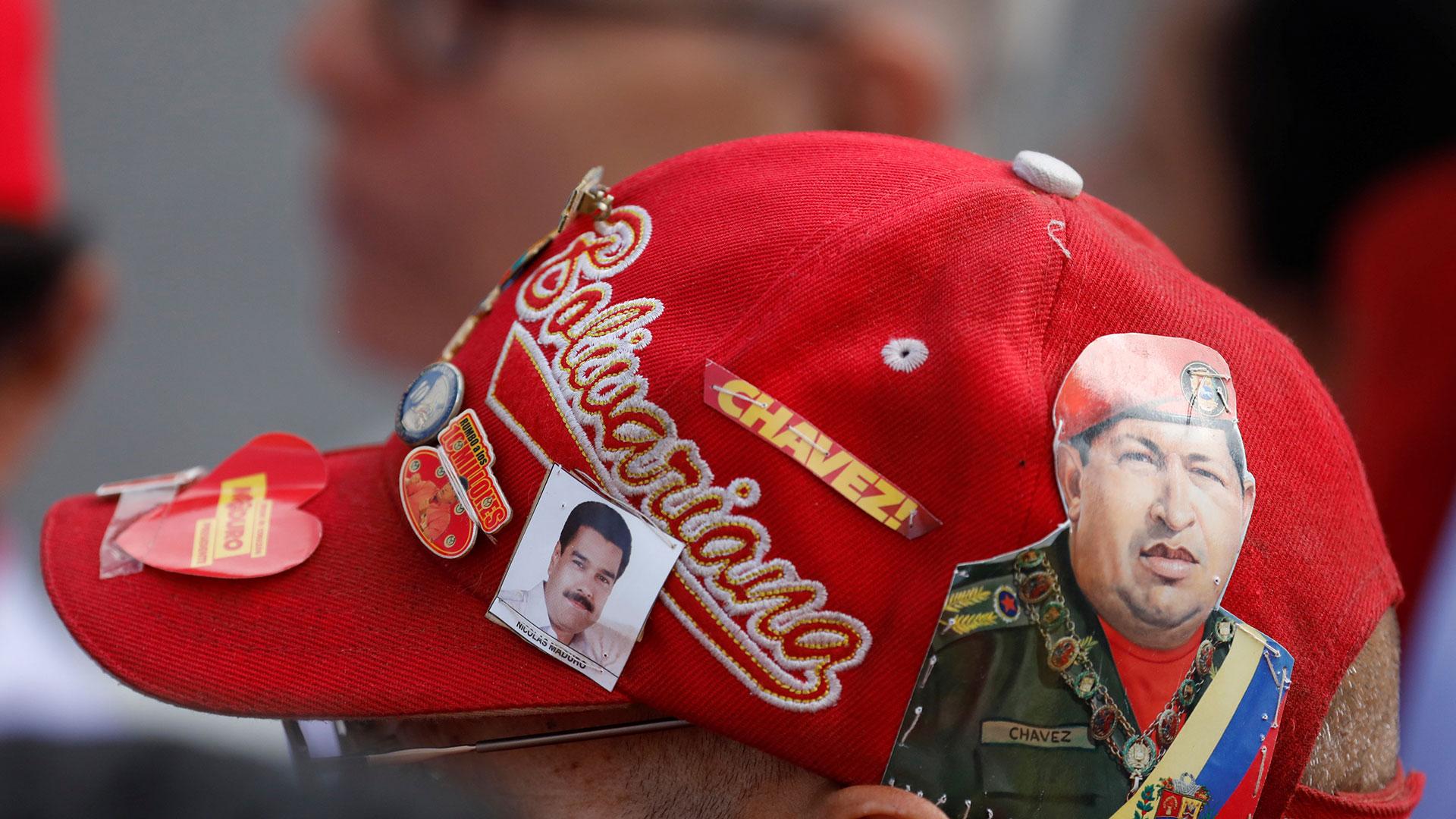 Simpatizantes chavistas se movilizaron para respaldar al dictador Maduro (Reuters)