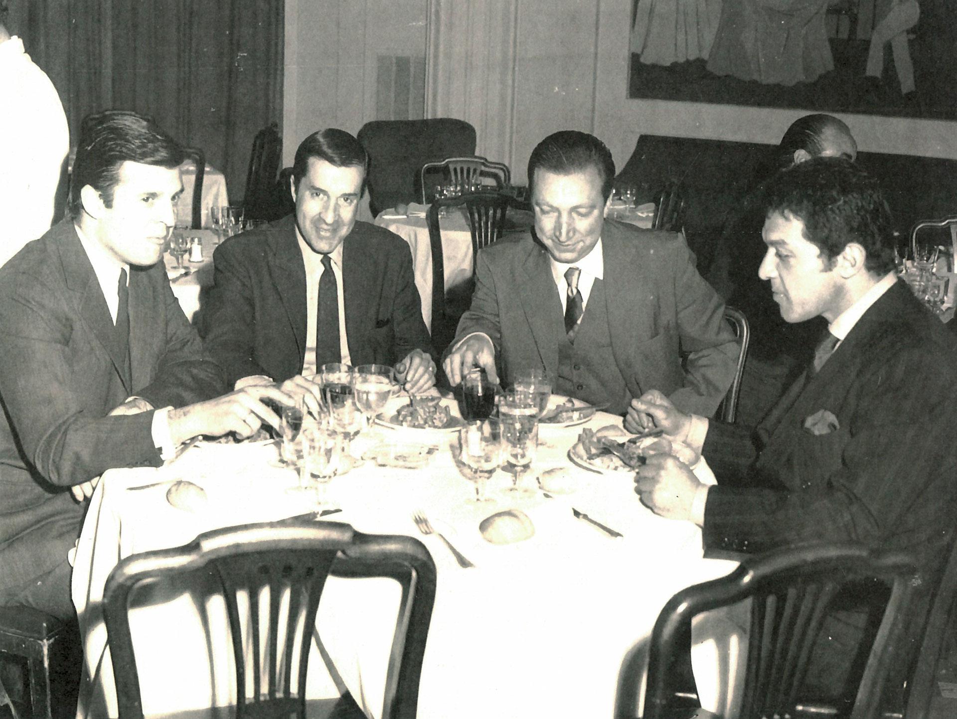 Julio Ricardo, Juan Carlos Pérez Loizeau, Horacio De Dios y Pancho Barroetaveña (director de cámara)