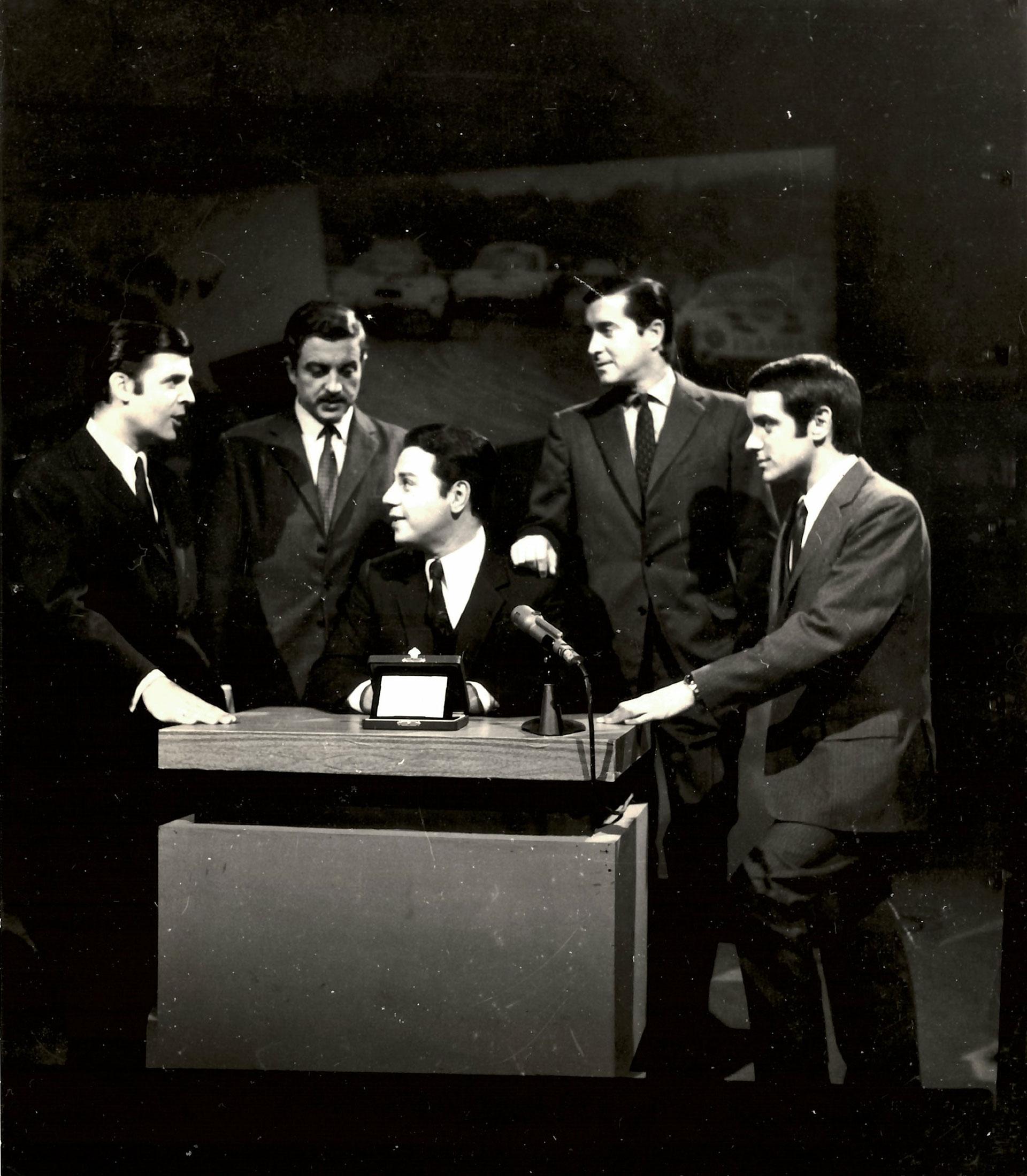 Julio Ricardo, Ricardo Arias, Horacio Galloso, Juan Carlos Pérez Loizeau y Norberto Longo