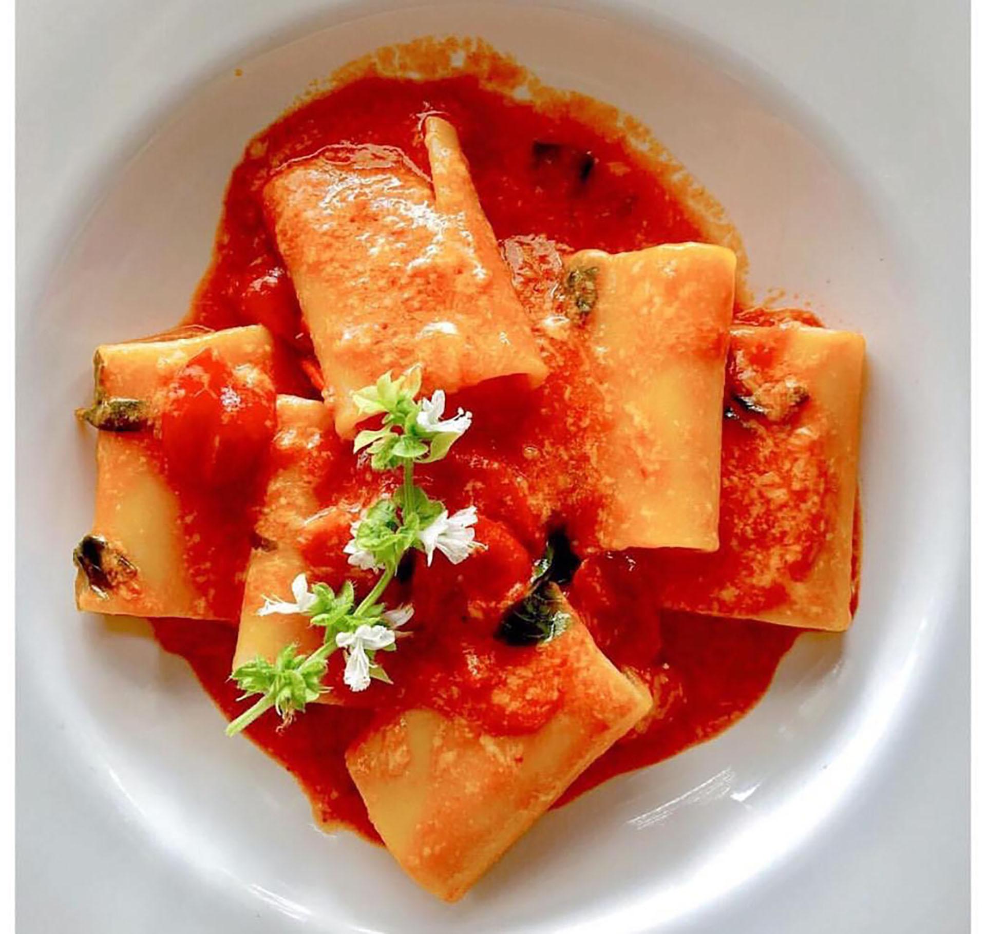 Paccheri di Nápoli, el segundo plato más pedido de la carta
