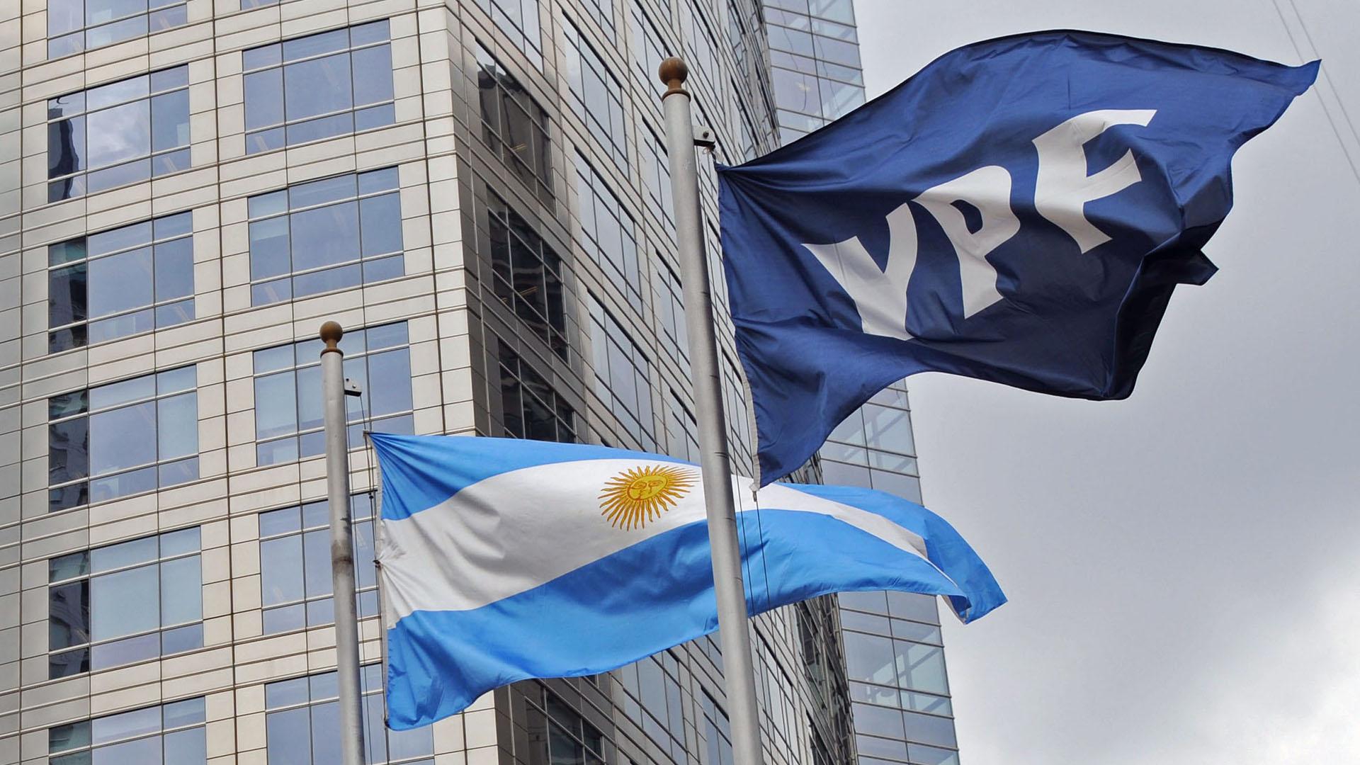 Las chances concretas de una definición favorable para el país del juicio por la expropiación de YPF se estiman muy bajas (NA)