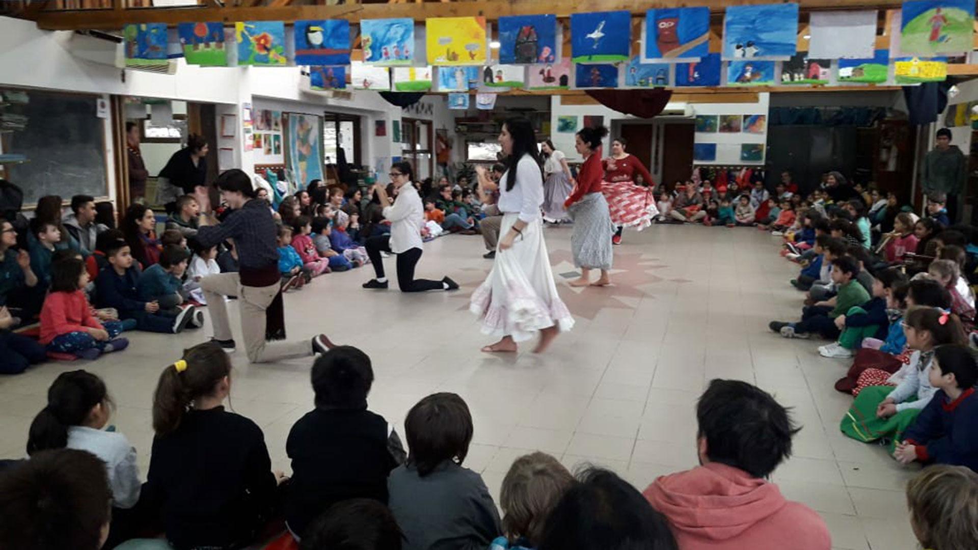 Fiesta del 9 de julio en uno de las escuelas