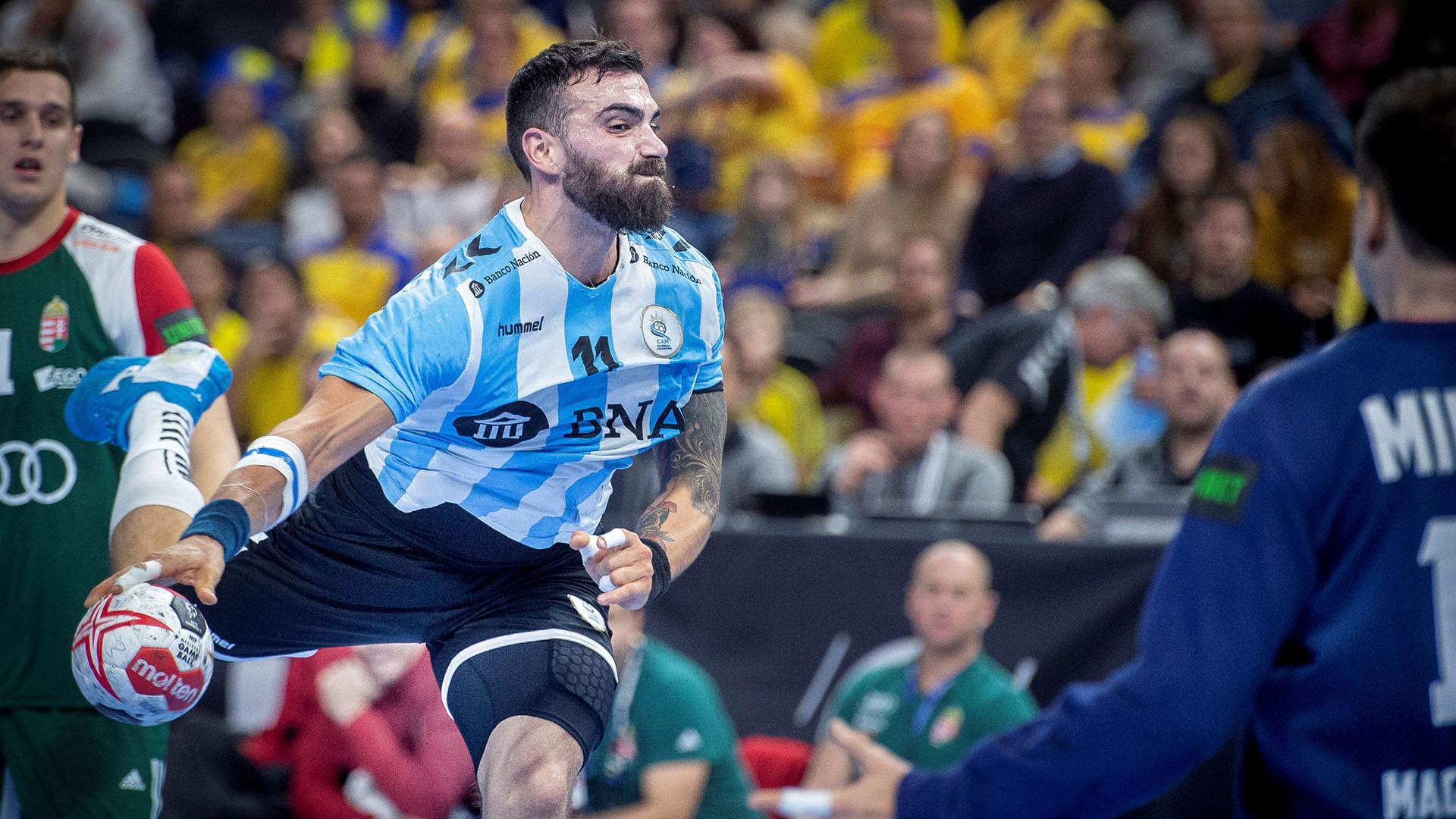 Argentina tuvo su debut ante Hungría (REUTERS)
