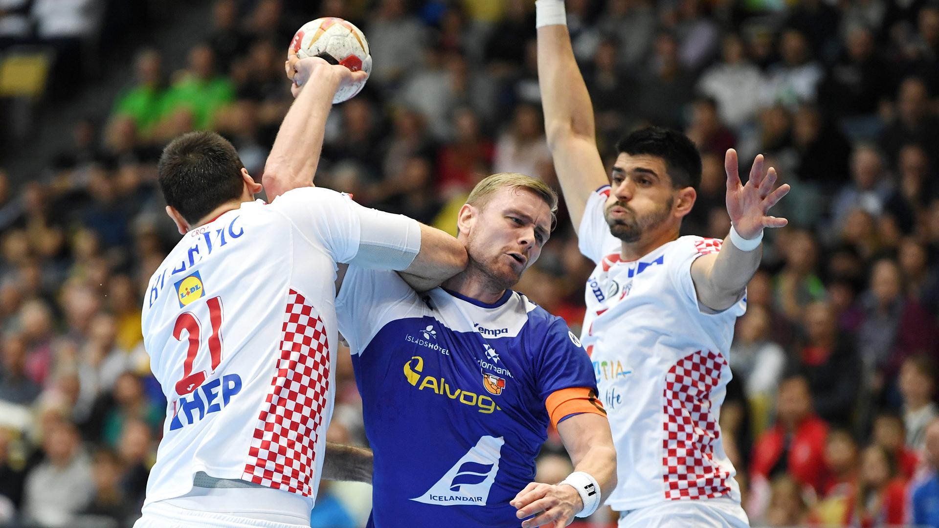 Croacia derrotó a Islandia 31 a 27 en su debut en el Mundial (REUTERS)