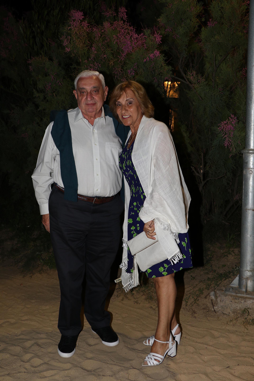 El presidente de la Bolsa de Comercio de Buenos Aires, Adelmo Gabbi, y su mujer