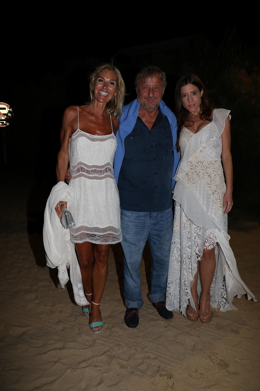 Cristiano Rattazzi junto a su hija Manuela y su pareja Gabriela Castellani