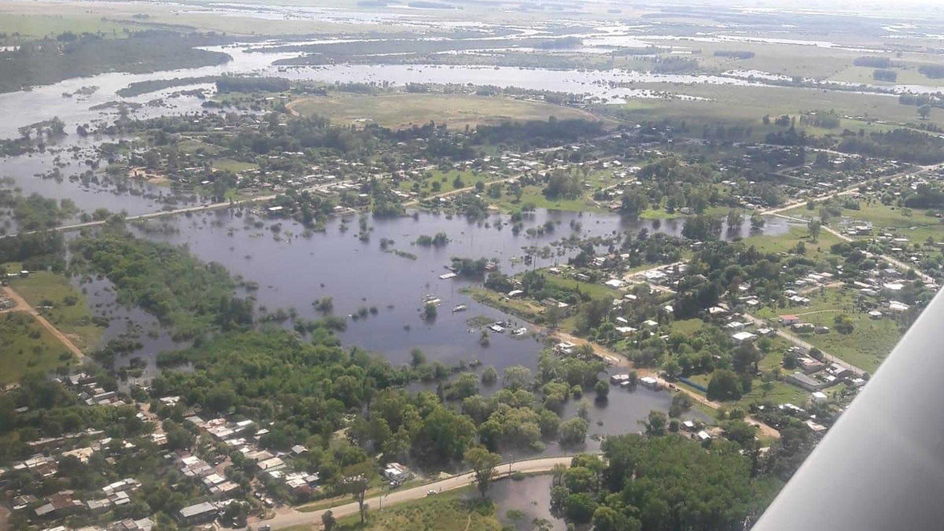 Uruguay también se vio afectado por las lluvias y las inundaciones (EFE)