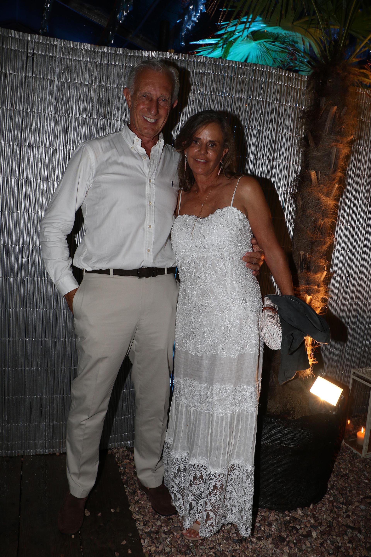 Jorge Neuss y su mujer Silvia Saravia de Neuss