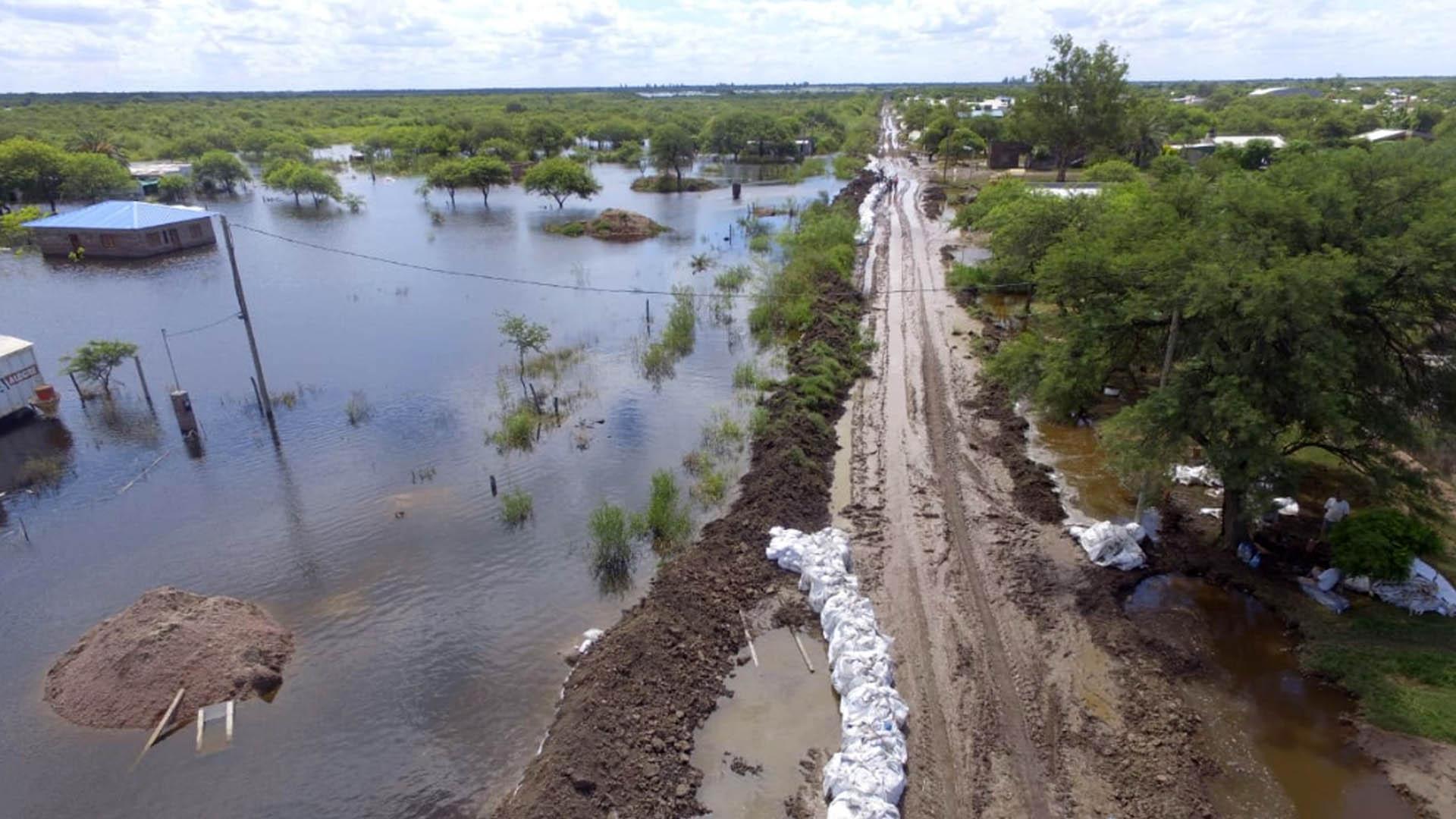 Campos inundados en Chaco.