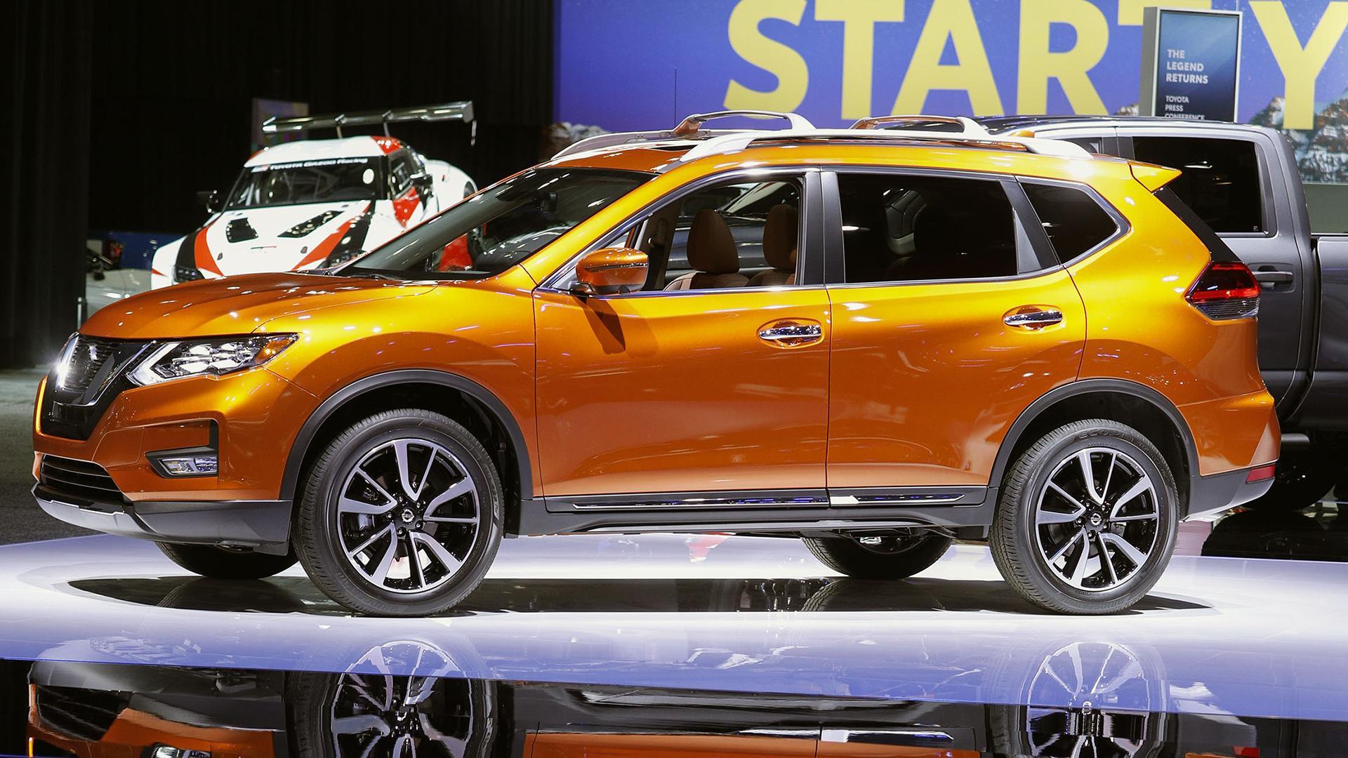 La exposición de Nissan se exhibe en el Salón Internacional del Automóvil de Norteamérica el 14 de enero de 2019 en Detroit, Michigan. (AFP)