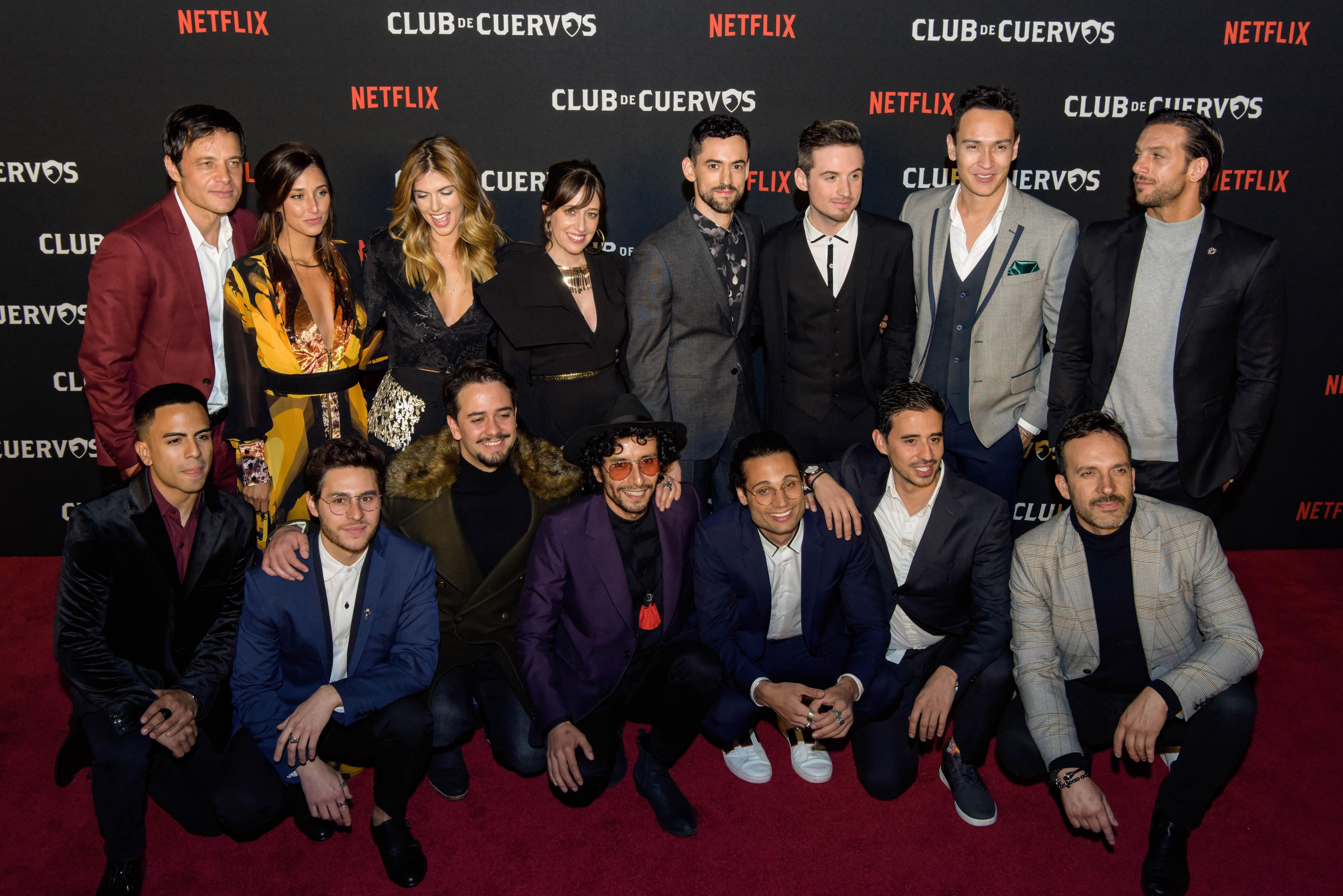 El elenco de la serie desfiló por última vez en una alfombra roja (Foto: Cortesía Netflix)