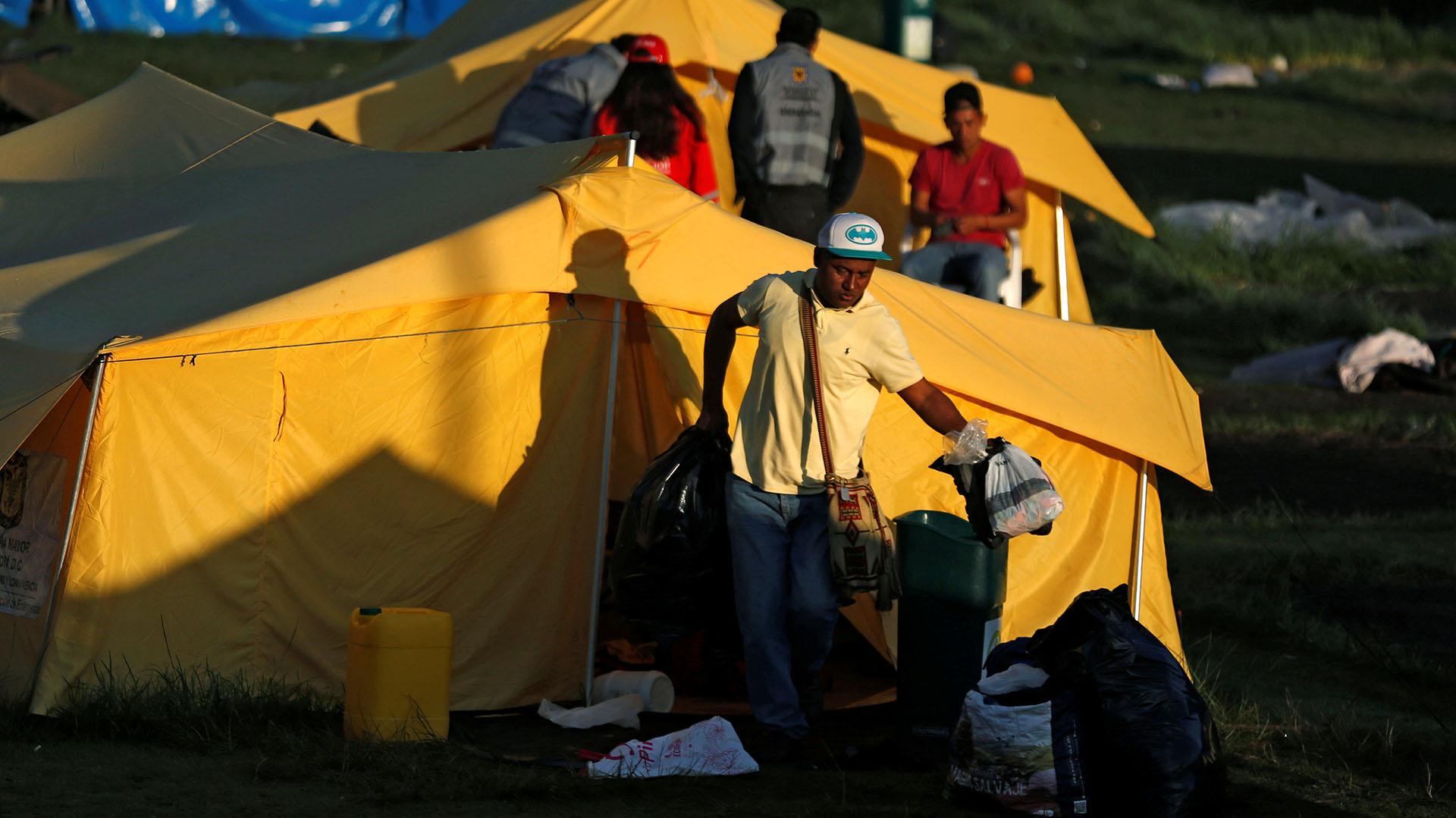 """La gerente de atención a venezolanos en Bogotá, María Angélica Trujillo, explicó que todos los migrantes """"tienen definidos sus destinos"""" (REUTERS/Luisa Gonzalez)"""