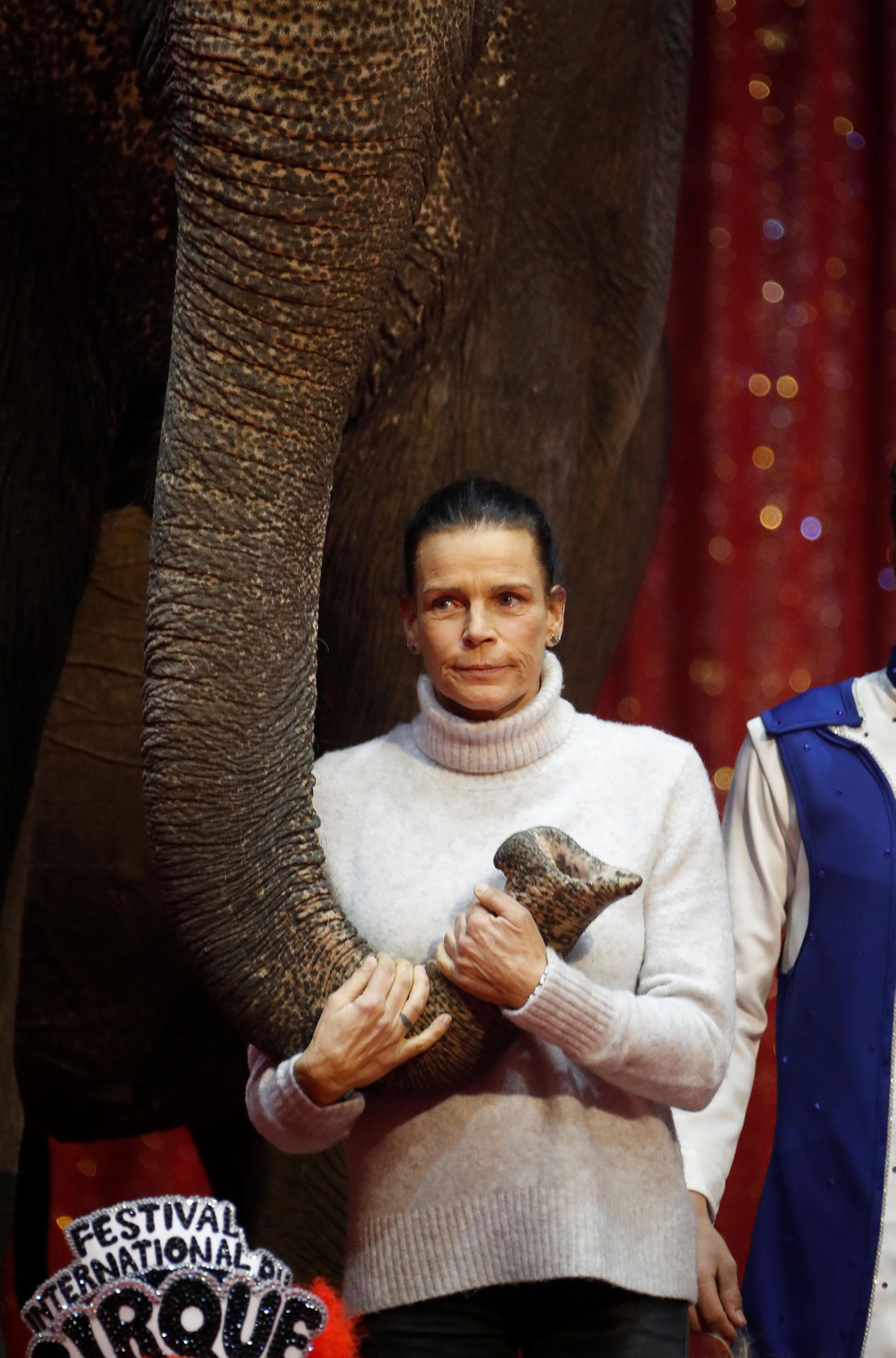 En 2003, se casó con Adans Peres, un acróbata portugués