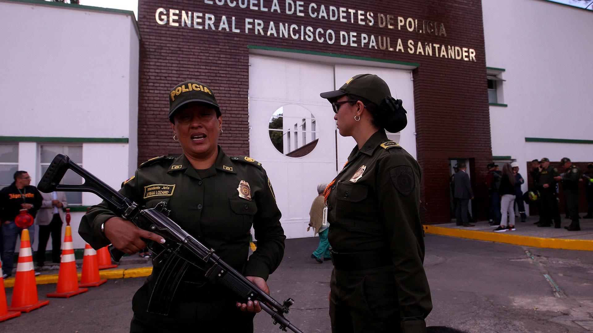 Vecinos del sector, de los barrios Centro Mayor y Fátima, reportaron la fuerte explosión hacia las 9:30 de la mañana, que dejó ruptura en vidrios y techos de las viviendas cercanas (EFE)