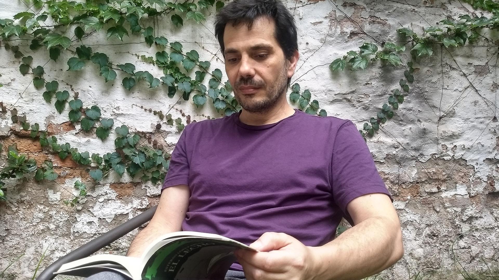 El escritor fundó Entropía, un sello independiente que editó, entre otros, a autores como Romina Paula, Pola Oloixarac y Rafael Spregelburd