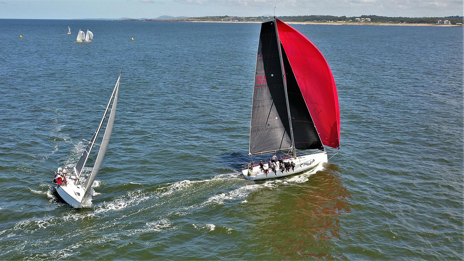 En el circuito se disputaron en cuatro categorías: los barcos de la Clase Handicap participan en las Categorías ORC Internacional, ORC Club e IRC mientras que la Clase Internacional J/70 compite separadamente