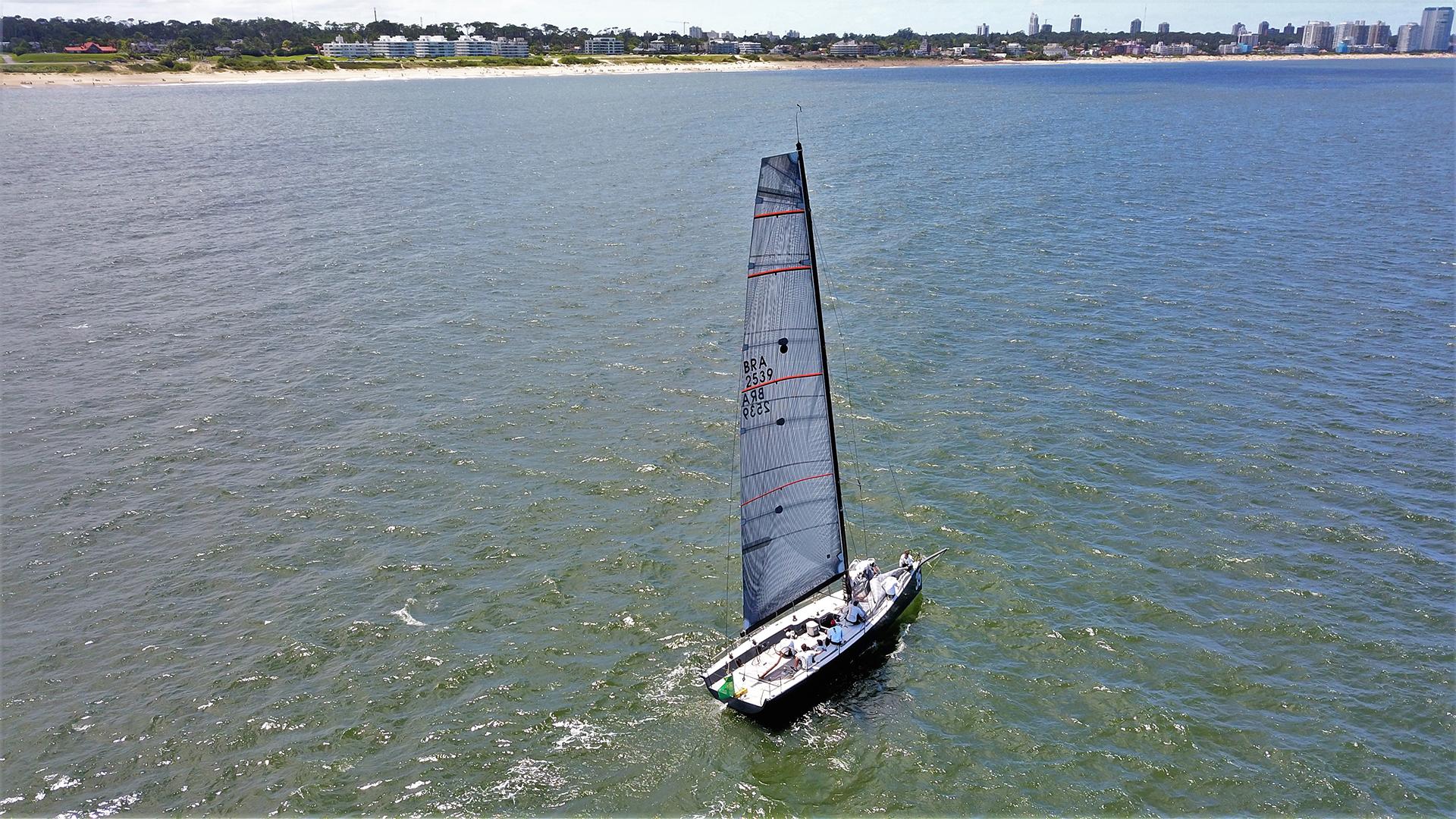 La competencia se inició en Olivos, Buenos Aires, el domingo 13 de enero a las doce del mediodía y finalizó en Punta del Este, Uruguay, el sábado 19 a las cinco de la tarde