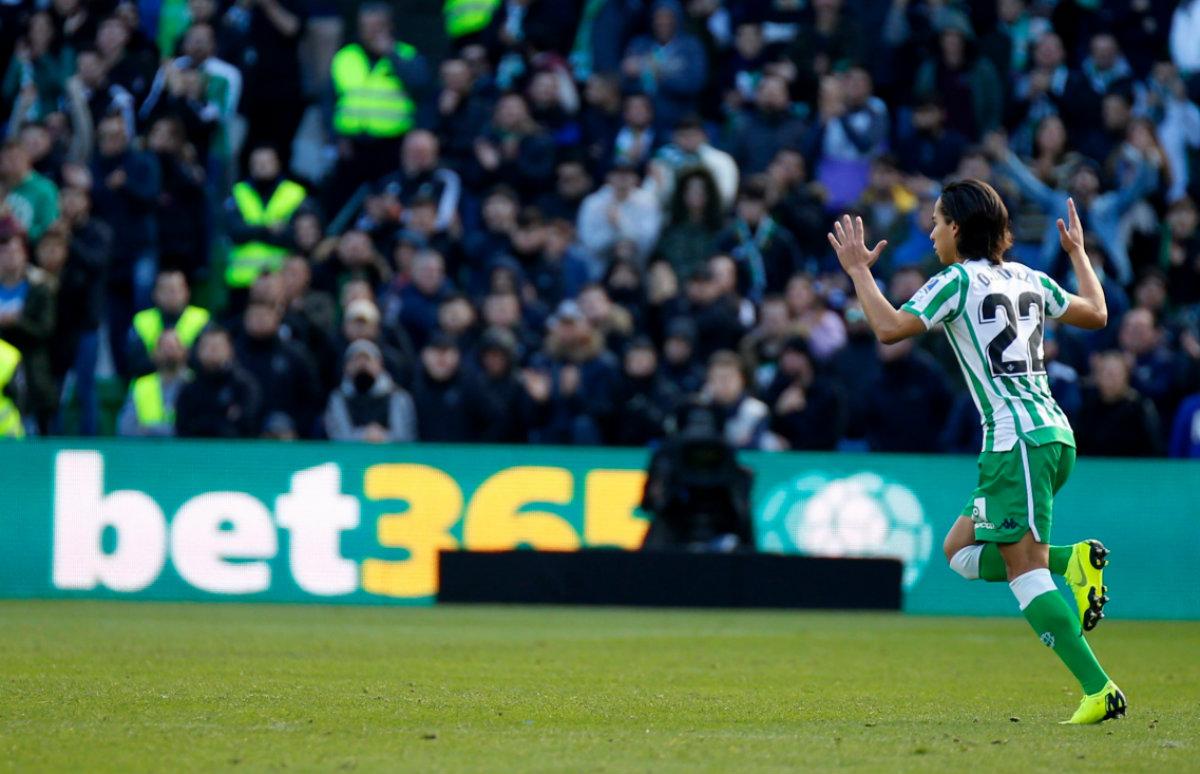 Diego Lainez finalmente debutó con el Real Betis (Foto: @RealBetis)