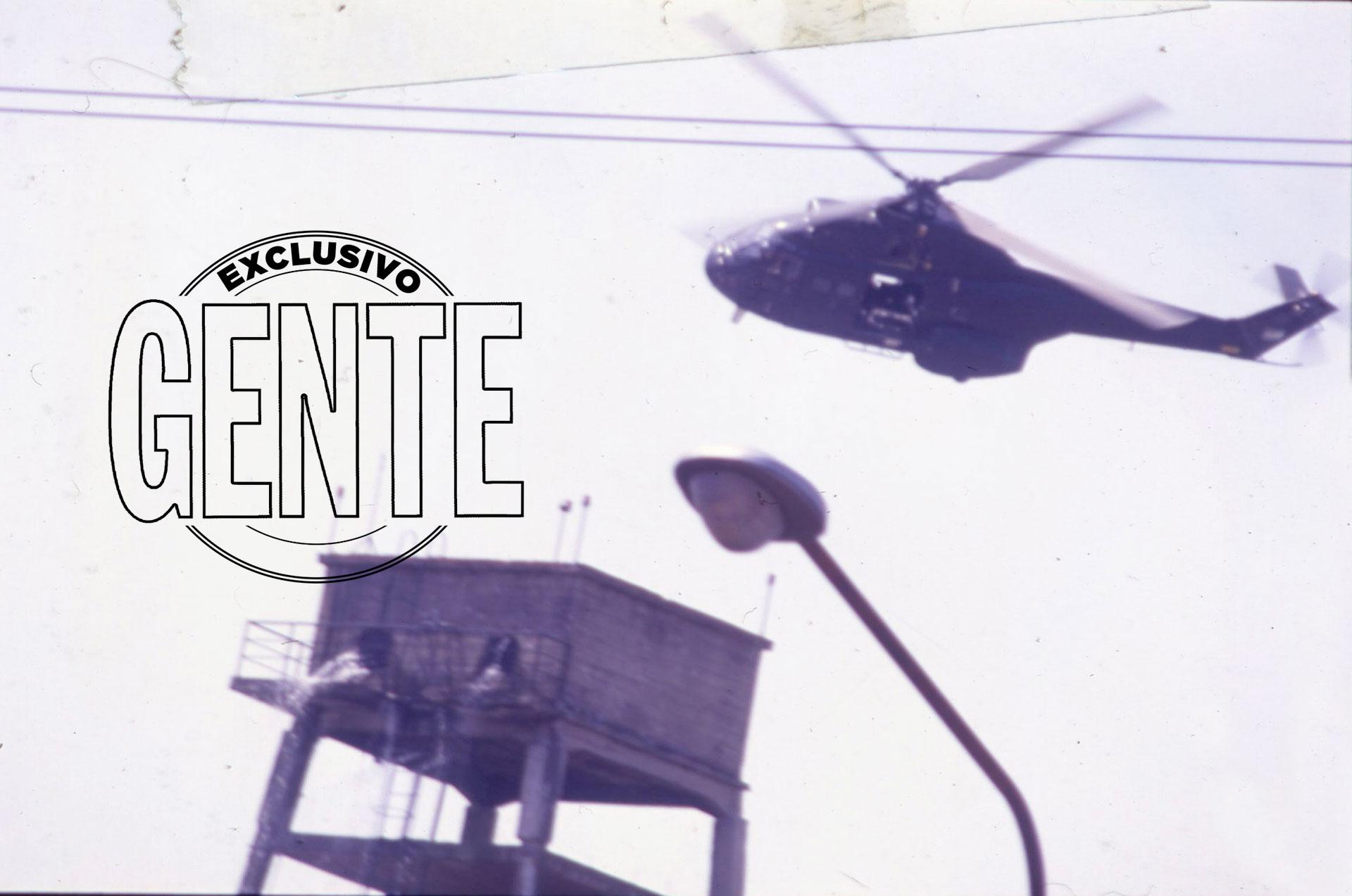 Un helicóptero sobrevoló los monoblocks del humilde barrio que estaba cruzando el Camino de Cintura, en búsqueda de francotiradores.