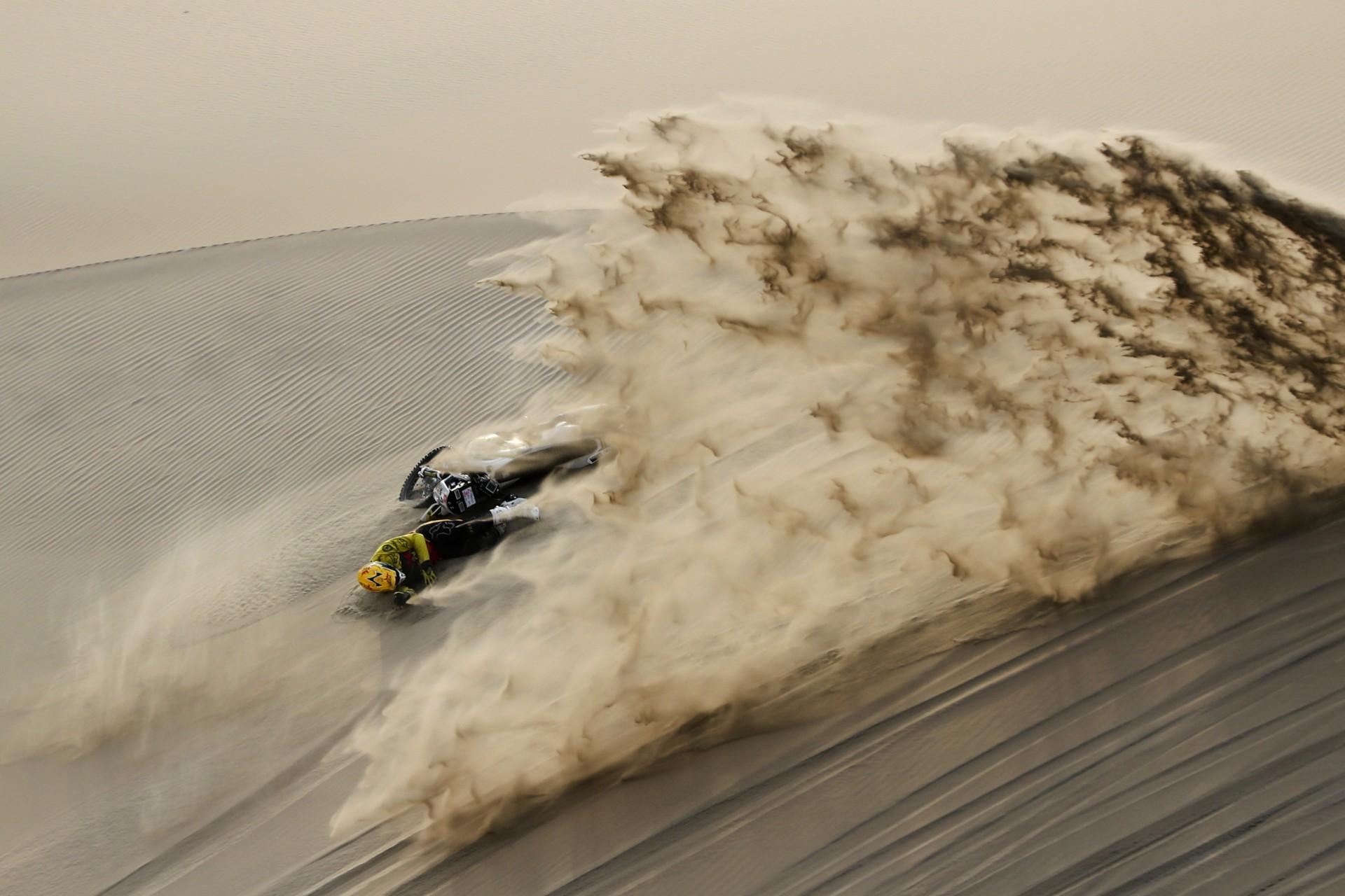 La etapa nueve del Rally Dakar en Pisco, Perú.