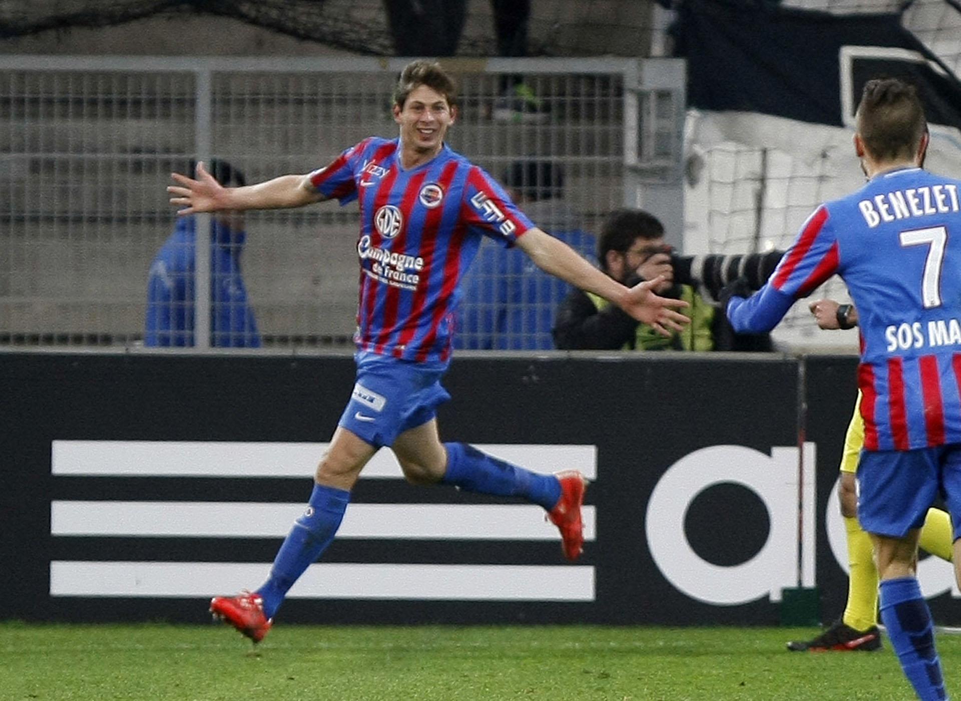 En 2015, el argentino jugó para el Caen. Allí anotó cinco goles en 13 presentaciones