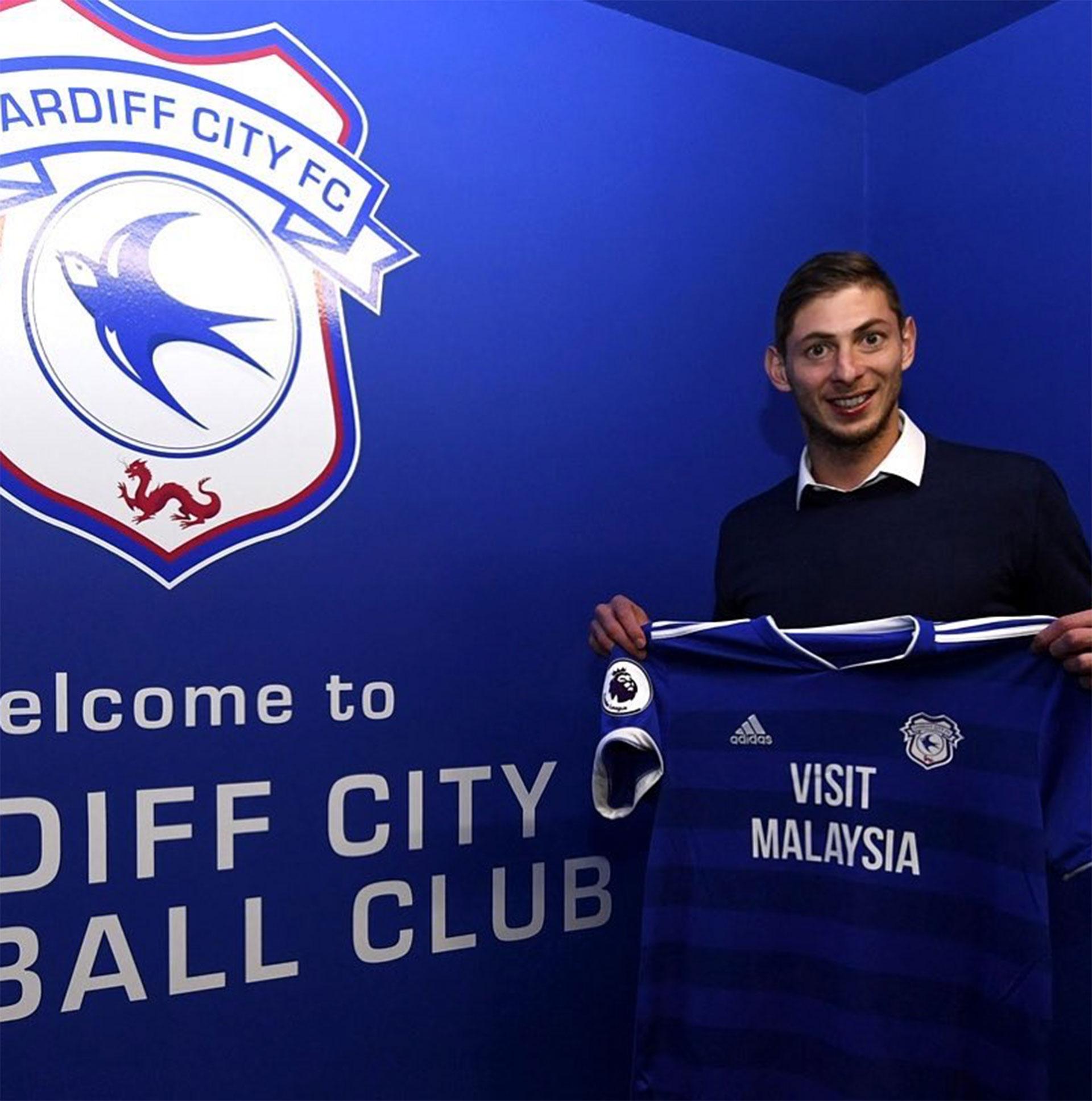 En su última etapa había firmado con el Cardiff de la Premier League