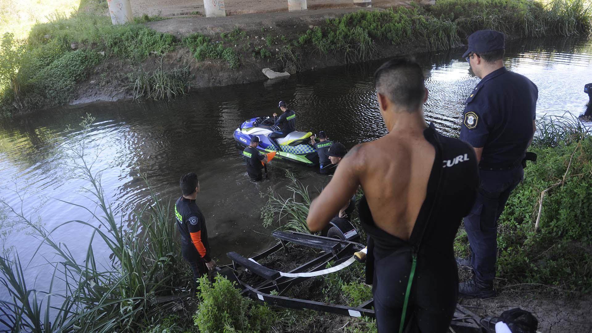 La búsqueda en el arroyo dio resultado negativo (Dino Calvo)