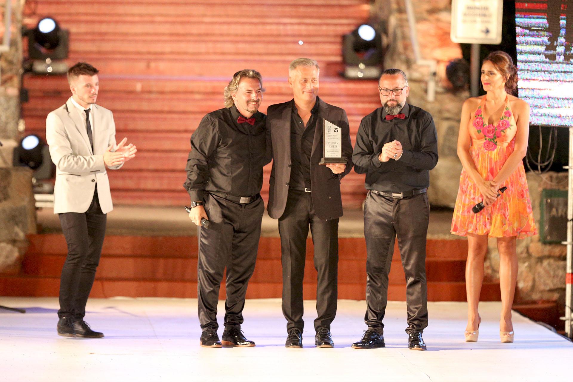 Esteban Aviles, el intendente de la ciudad, también obtuvo su premio (Mario Sar)