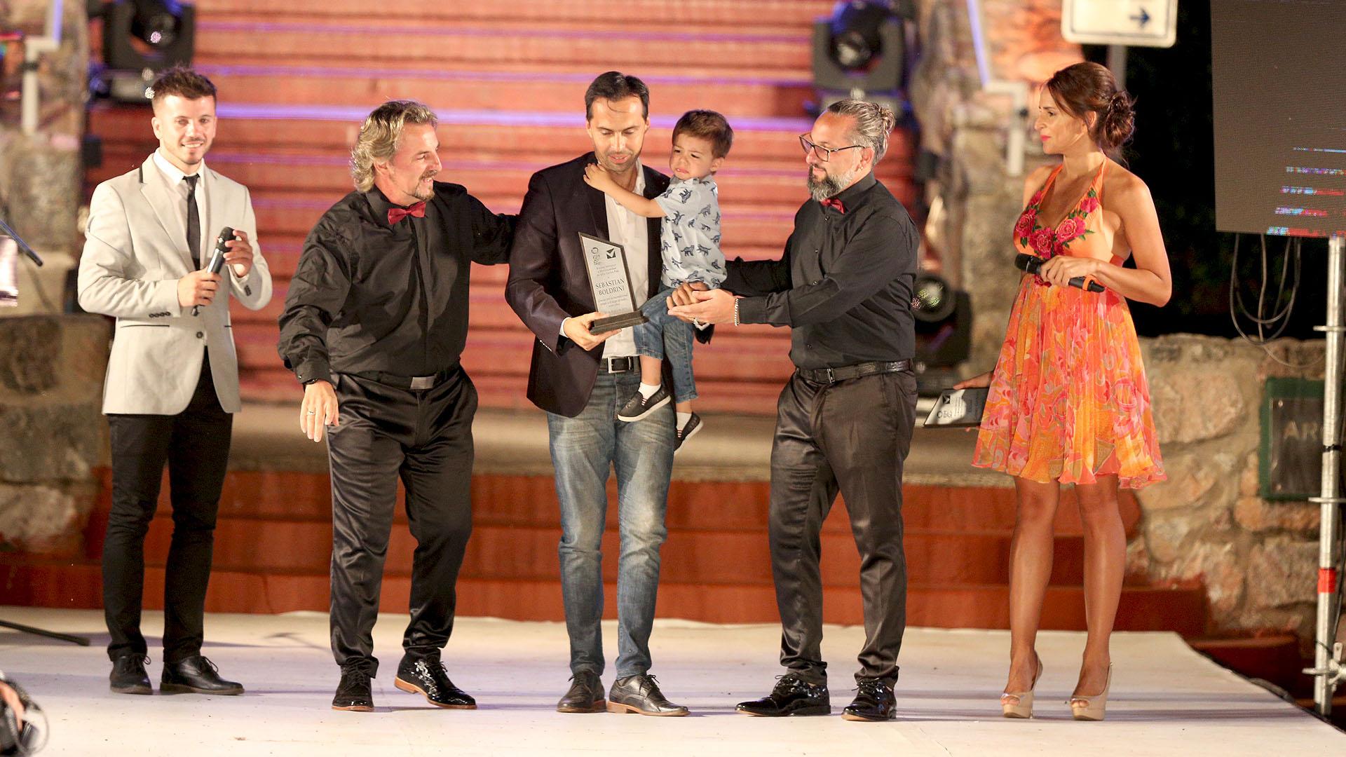 Sebastián Boldrini, el secretario de Turismo y deportes de Villa Carlos Paz, recibió una distinción al finalizar el evento