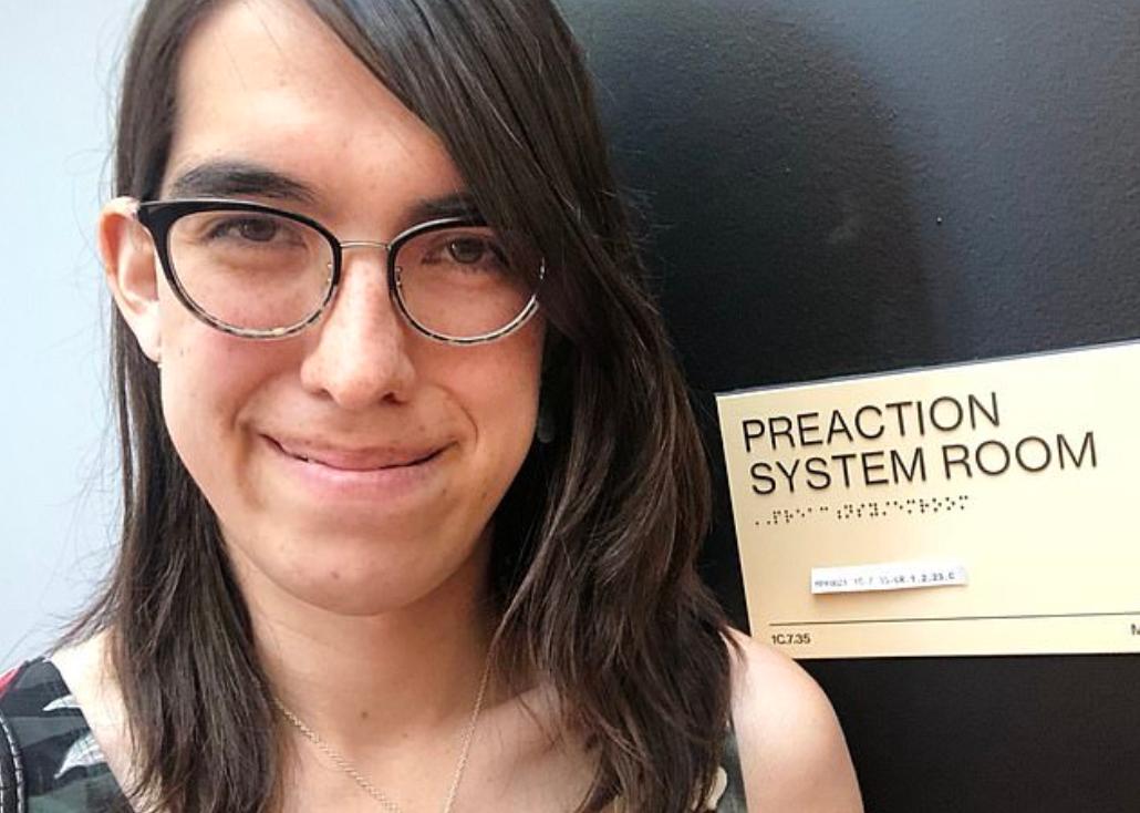 Sophie Alpert anunció que renunció a su trabajo como gerente de ingeniería en Facebook, porque fue acosada por sus compañeros (Tomada de Twitter)