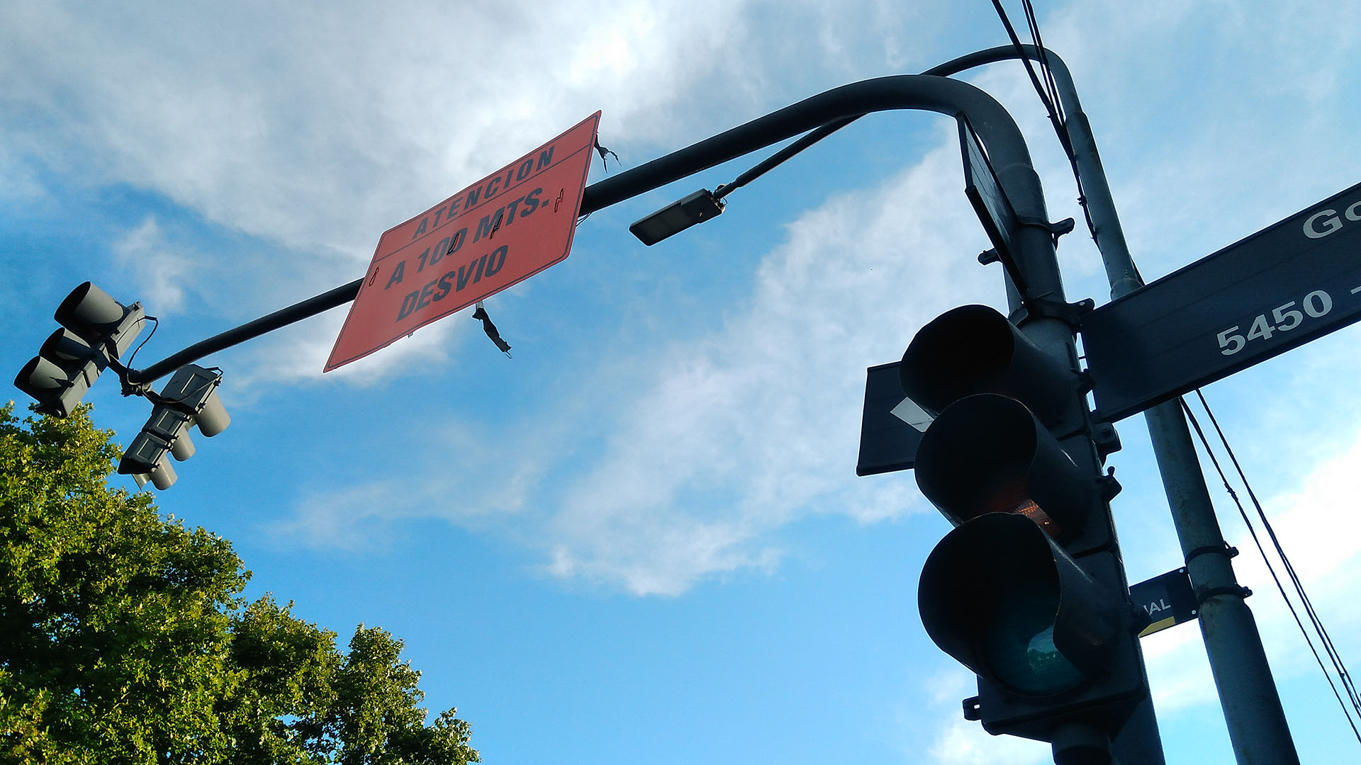 El corte generó inconvenientes en el servicio de los semáforos