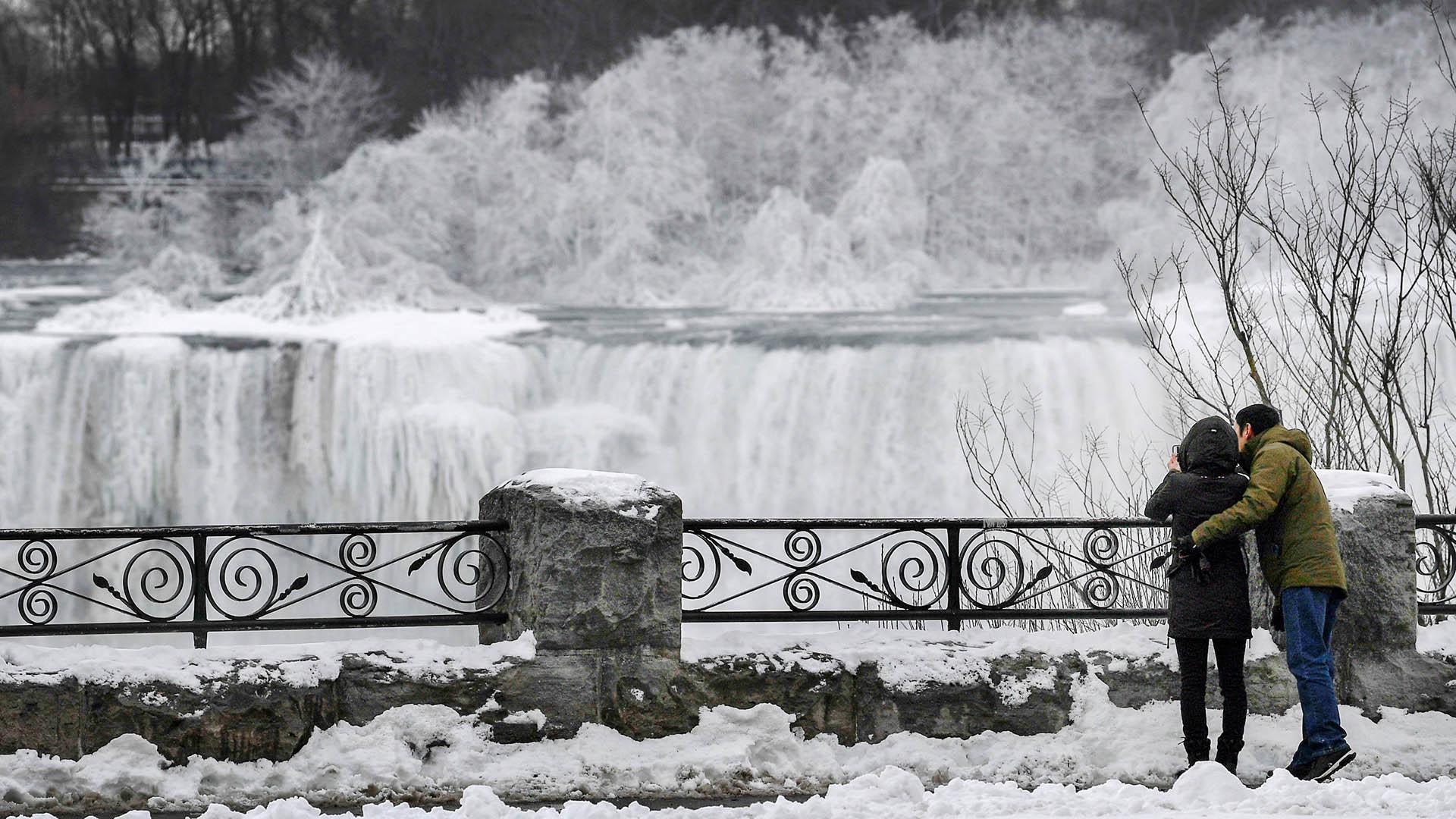 Se espera que las bajas temperaturas continúen por al menos dos semanas, por lo que el paisaje continuaría congelado
