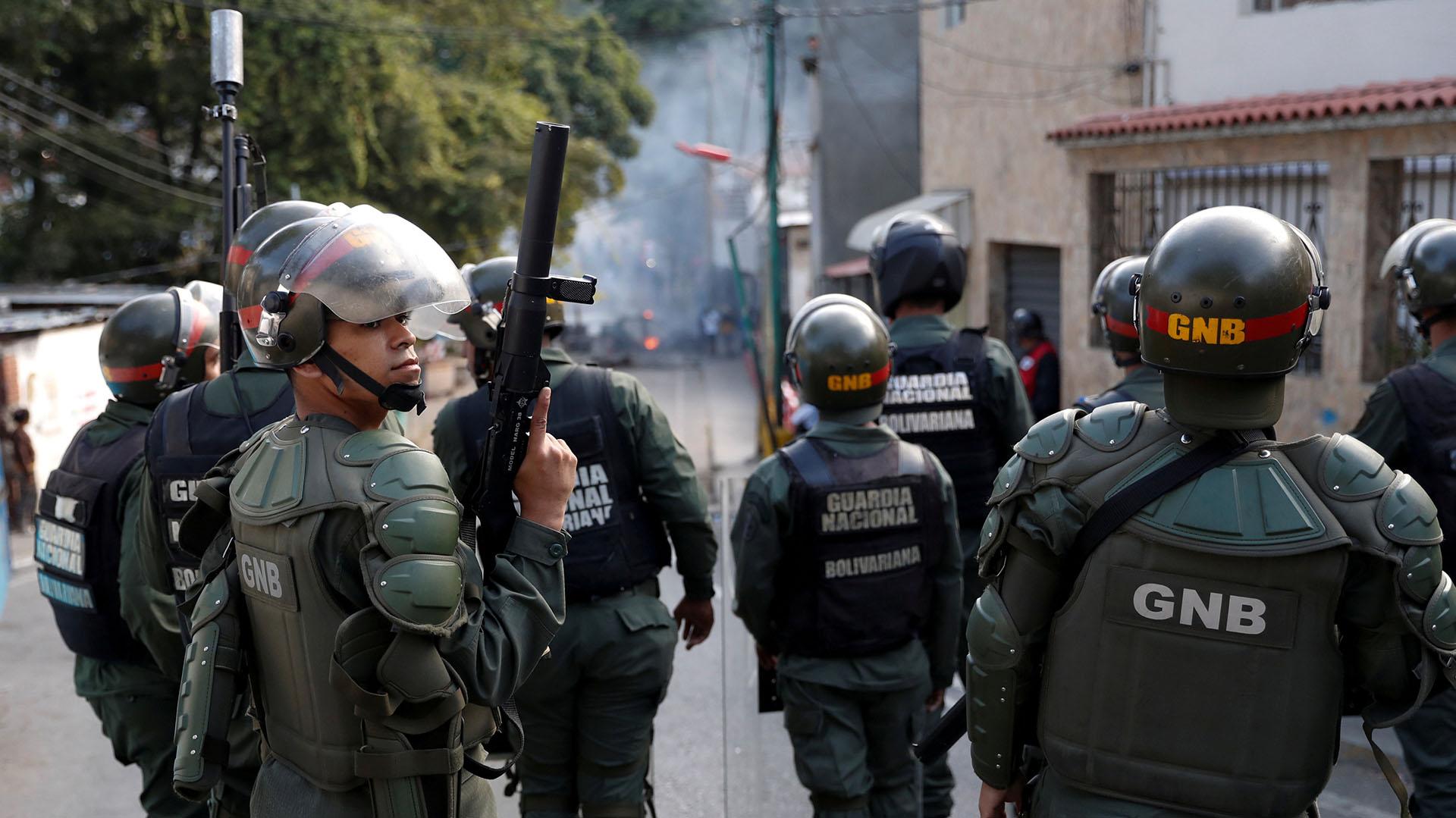 Las últimas protestas masivas que se registraron en Venezuela se produjeron en el año 2017 y fueron ferozmente reprimidas por los cuerpos de seguridad en escenarios que dejaron más de 120 muertos y cientos de heridos