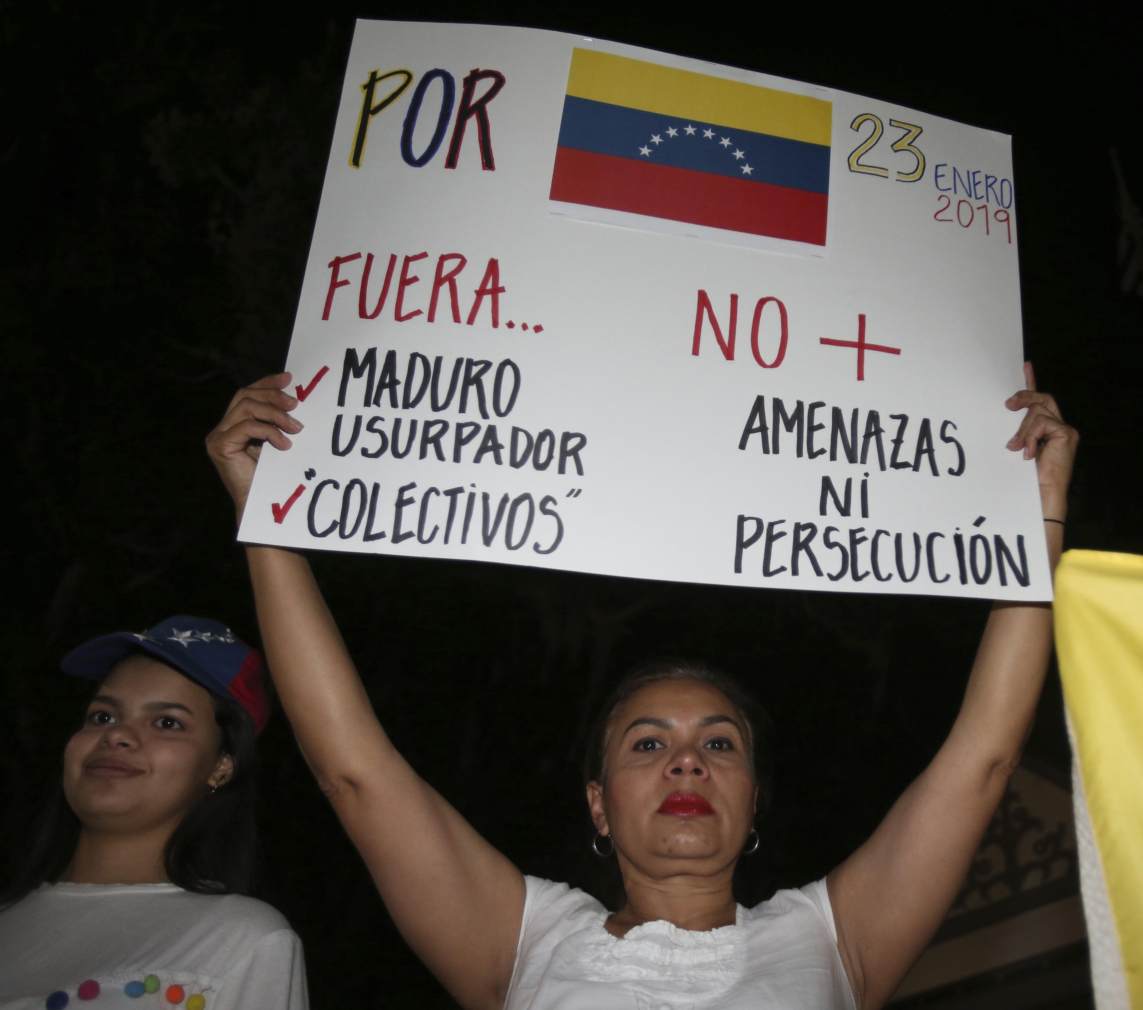 Protestas en las calles de Caracas. (Bruce Ackerman/Star-Banner via AP)