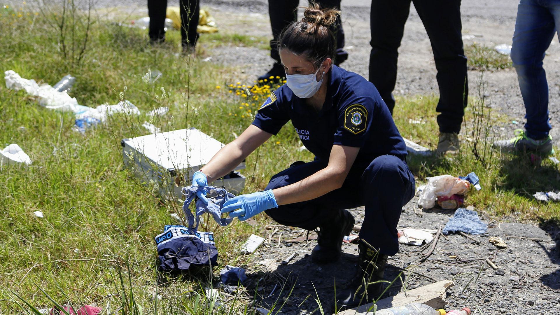 Rastrillaje en la ruta 6 en busca del cuerpo de Solís Calle (Nicolás Aboaf)