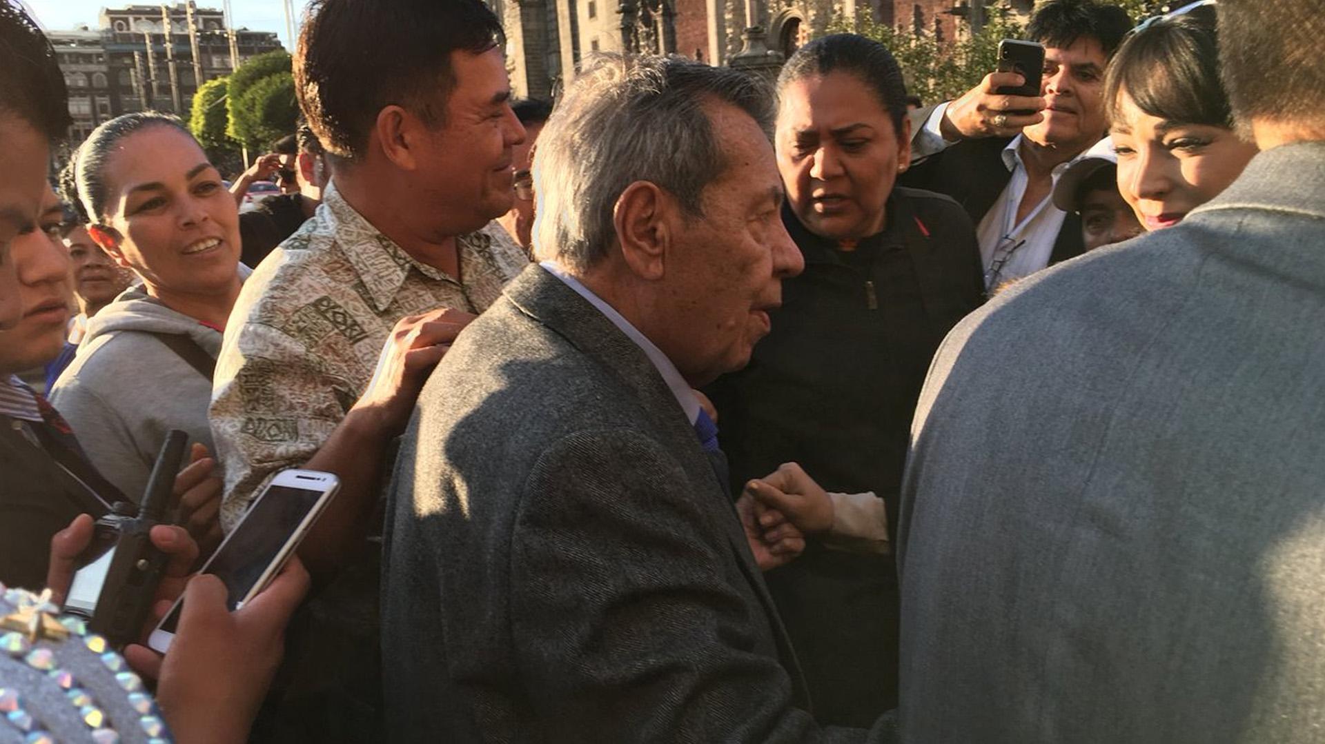 El diputado asistió a la sesión del Consejo Nacional de Seguridad Pública (Foto: @Andreart2001)