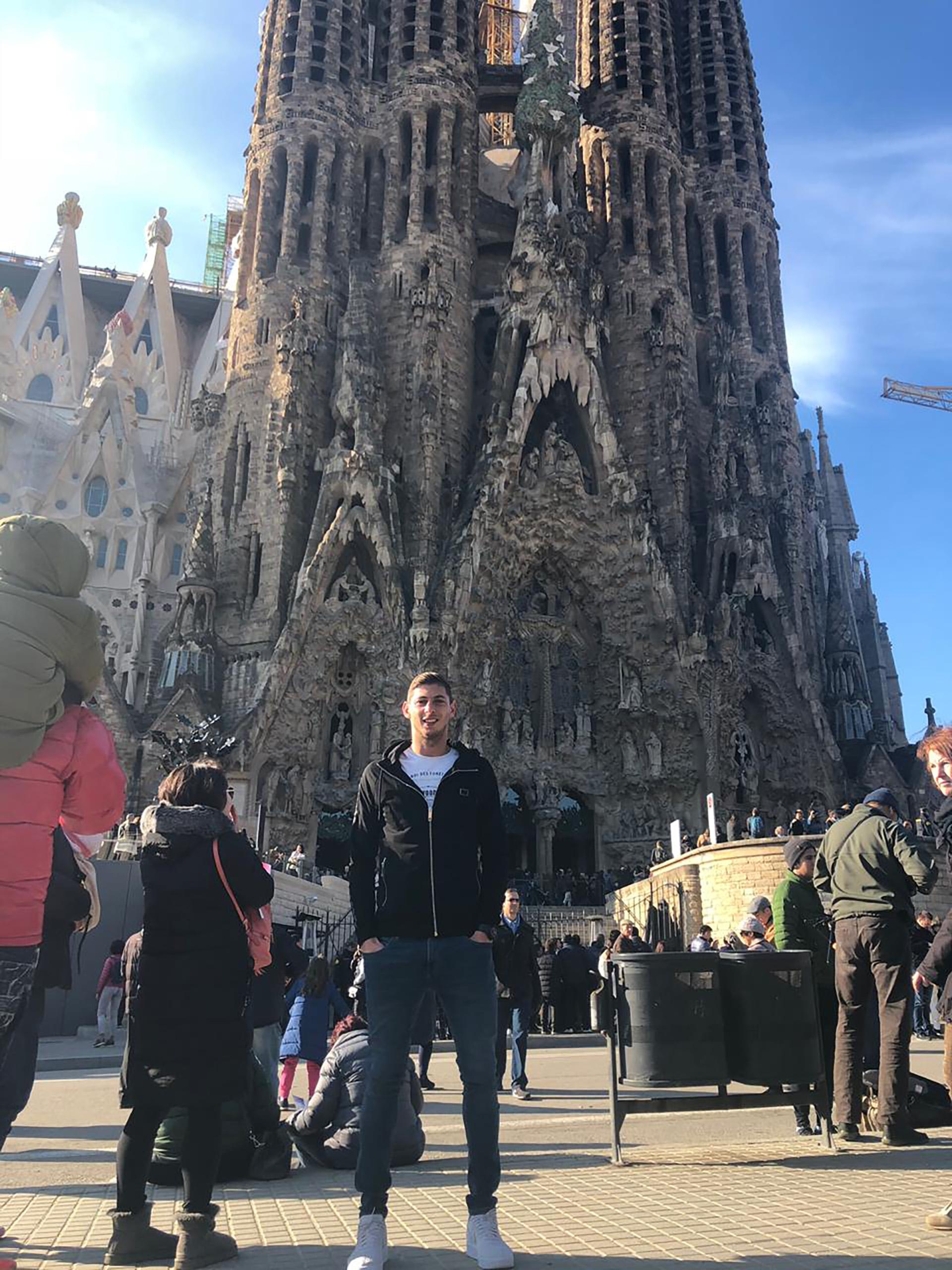 Consagrado en Europa, también tenía tiempo de tomarse unas vacaciones para visitar la Sagrada Familia de Barcelona