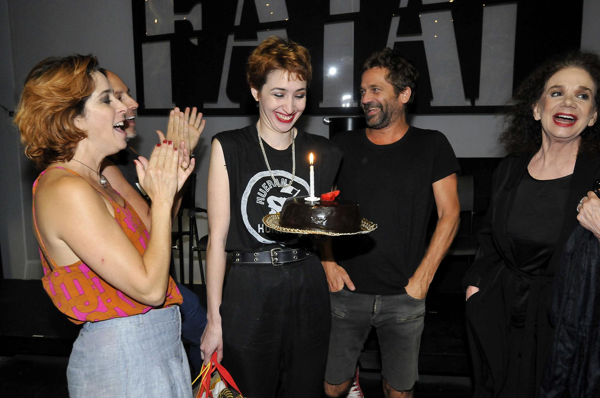 El cumpleaños de Sofía reflejó el buen clima que reina entre los integrantes del elenco
