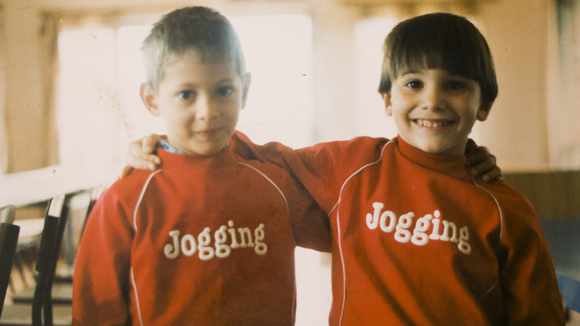 Junto a su hermano Darío, en sus días felices de Progreso
