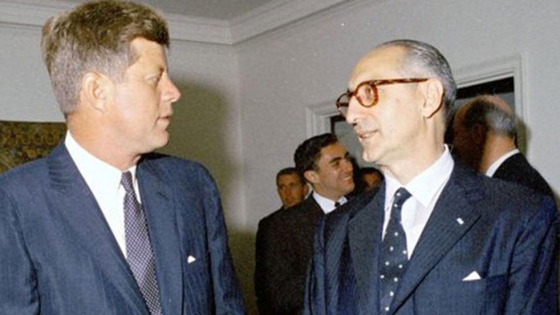 Arturo Frondizi con John Kennedy en los Estados Unidos, 1961