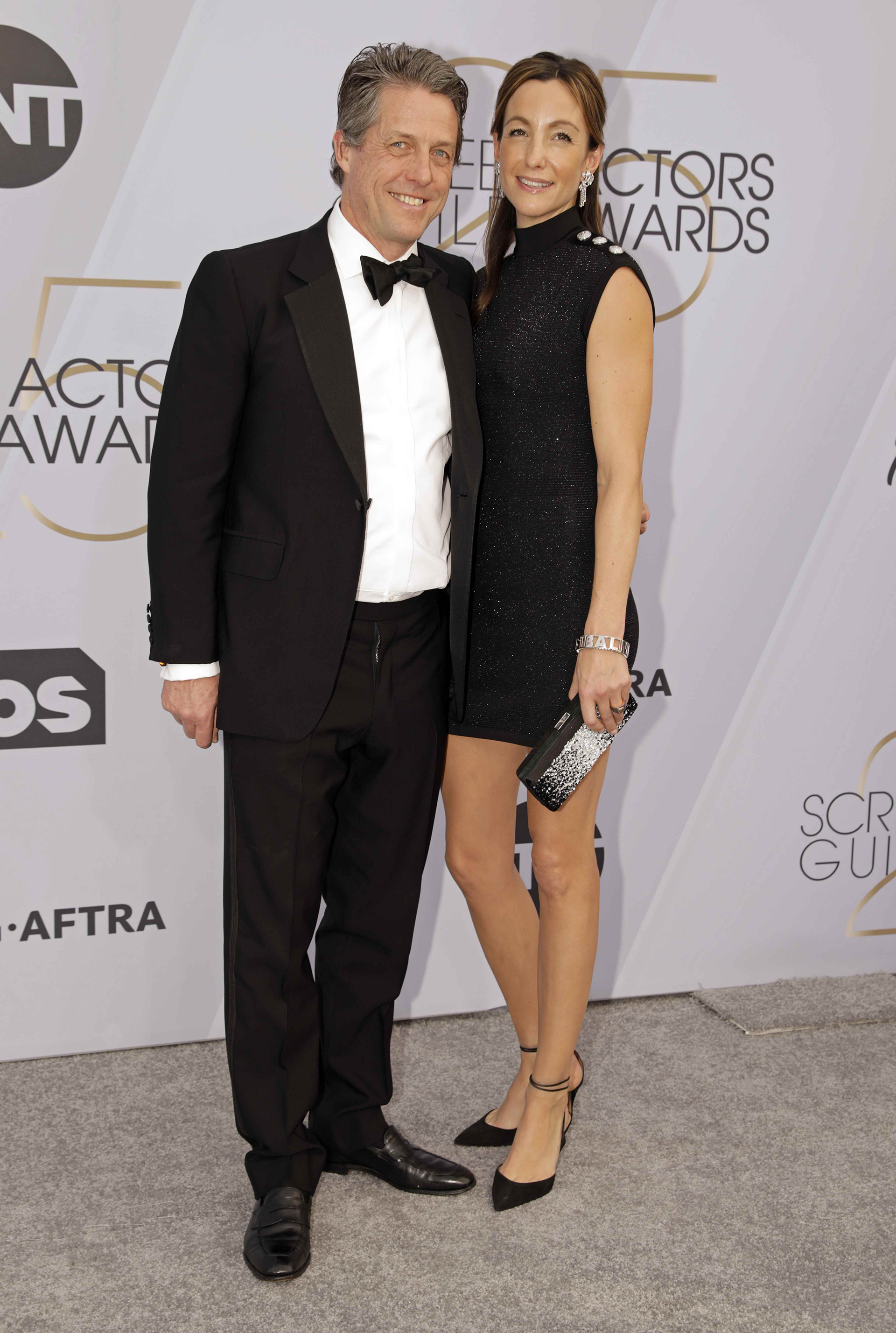 Hugh Grant y su esposa Anna Elizabeth Eberstein